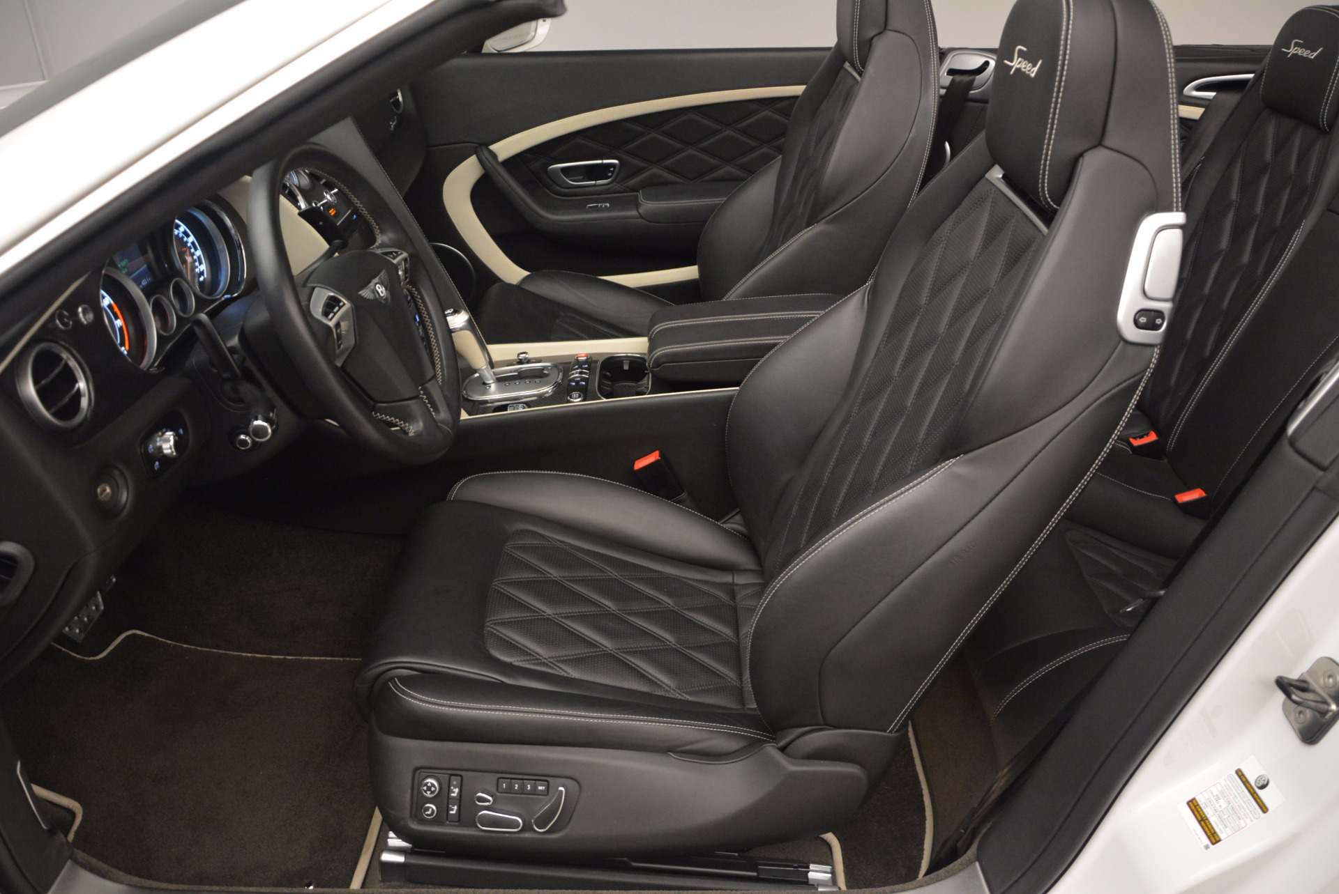 Used 2015 Bentley Continental GT Speed For Sale In Greenwich, CT. Alfa Romeo of Greenwich, 44211 1714_p35