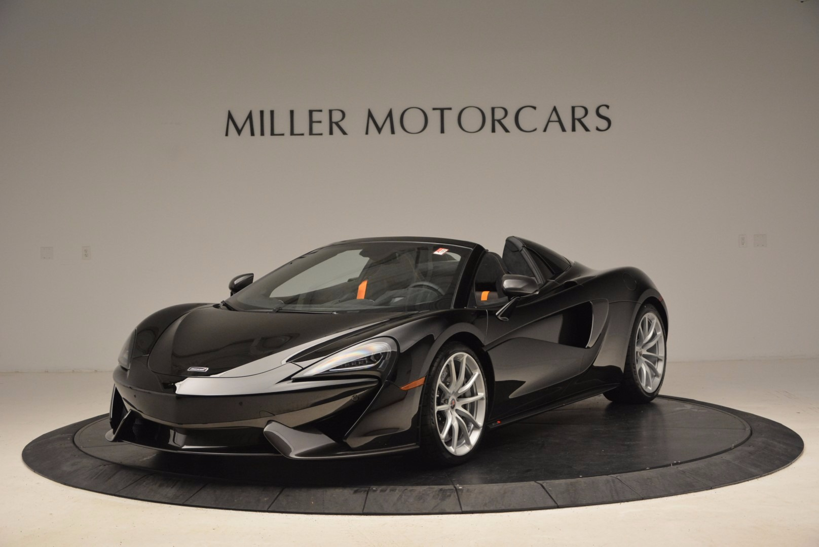 Used 2018 McLaren 570S Spider For Sale In Greenwich, CT. Alfa Romeo of Greenwich, MC323
