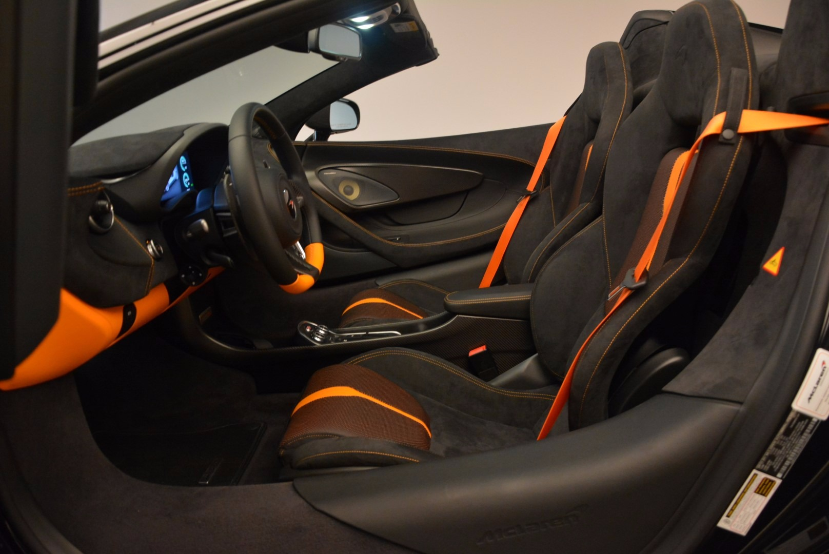 Used 2018 McLaren 570S Spider For Sale In Greenwich, CT. Alfa Romeo of Greenwich, MC323 1716_p26