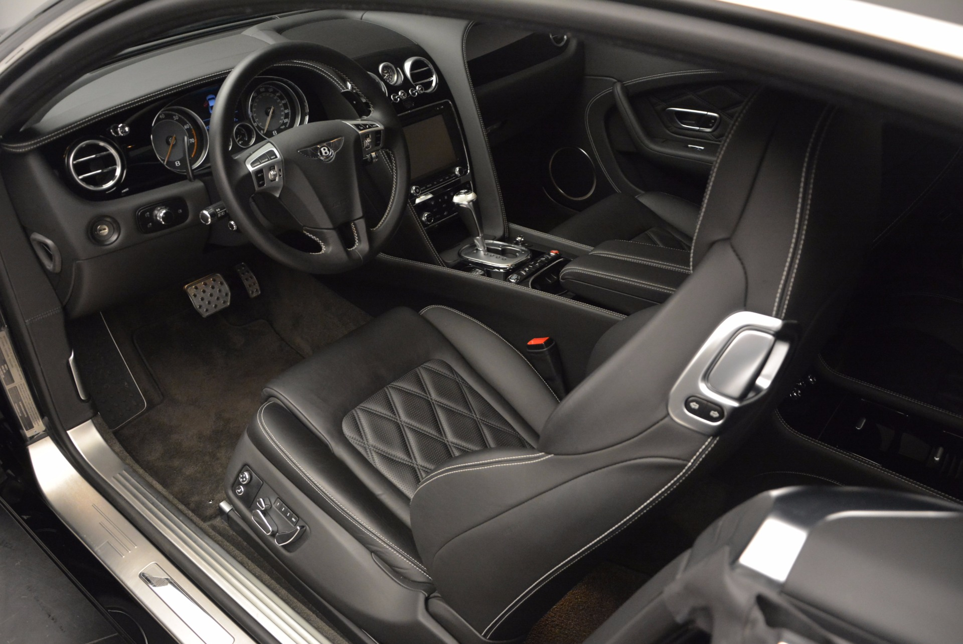Used 2012 Bentley Continental GT W12 For Sale In Greenwich, CT. Alfa Romeo of Greenwich, 7409 1717_p15