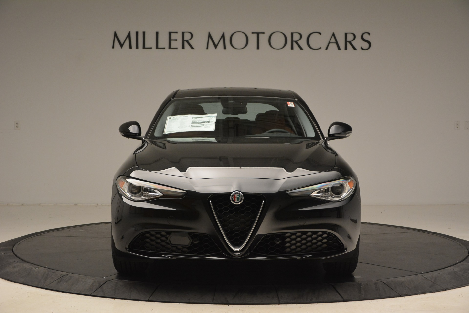 New 2018 Alfa Romeo Giulia Ti Lusso Q4 For Sale In Greenwich, CT. Alfa Romeo of Greenwich, L270 1721_main