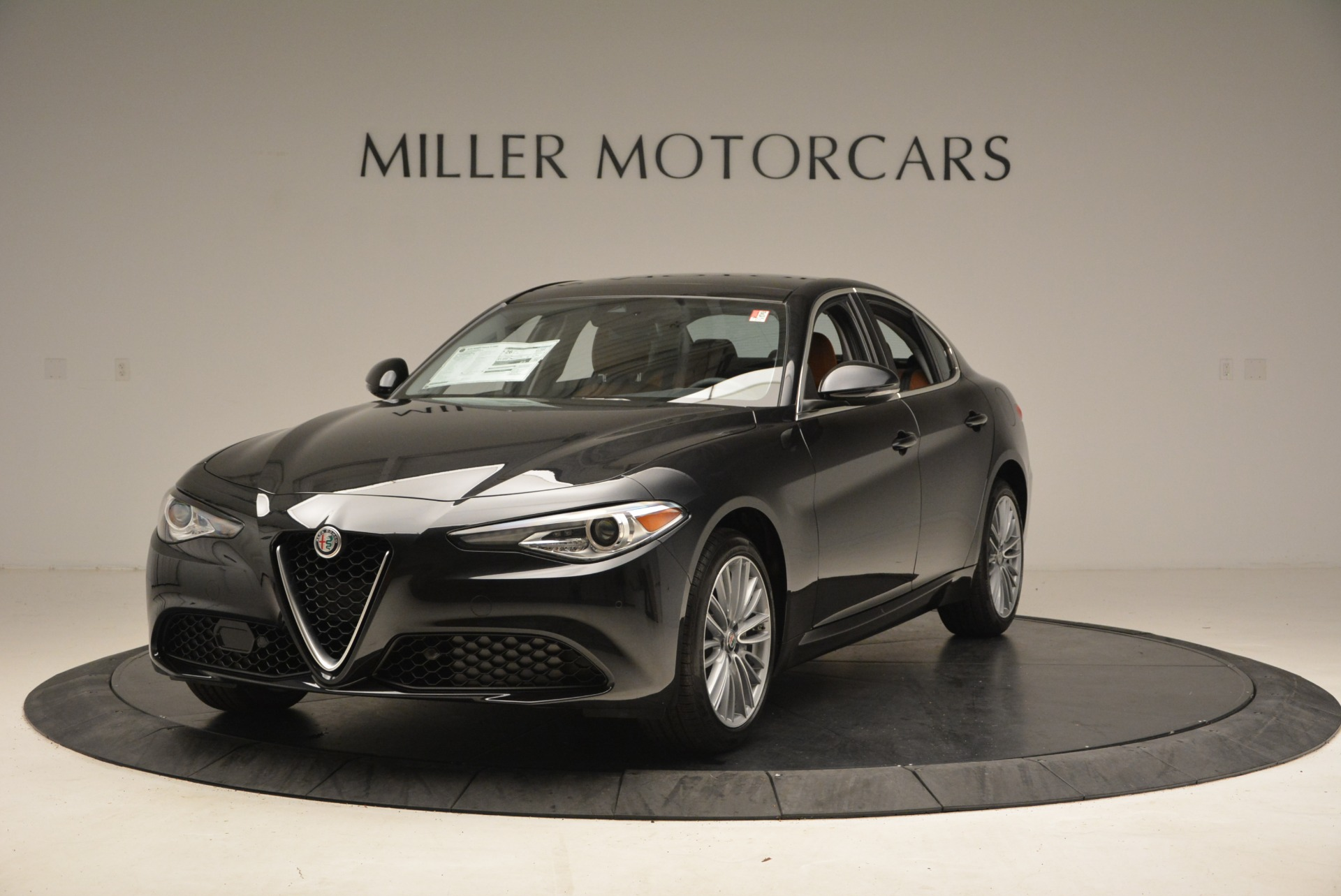 New 2018 Alfa Romeo Giulia Ti Lusso Q4 For Sale In Greenwich, CT. Alfa Romeo of Greenwich, L270 1721_p2
