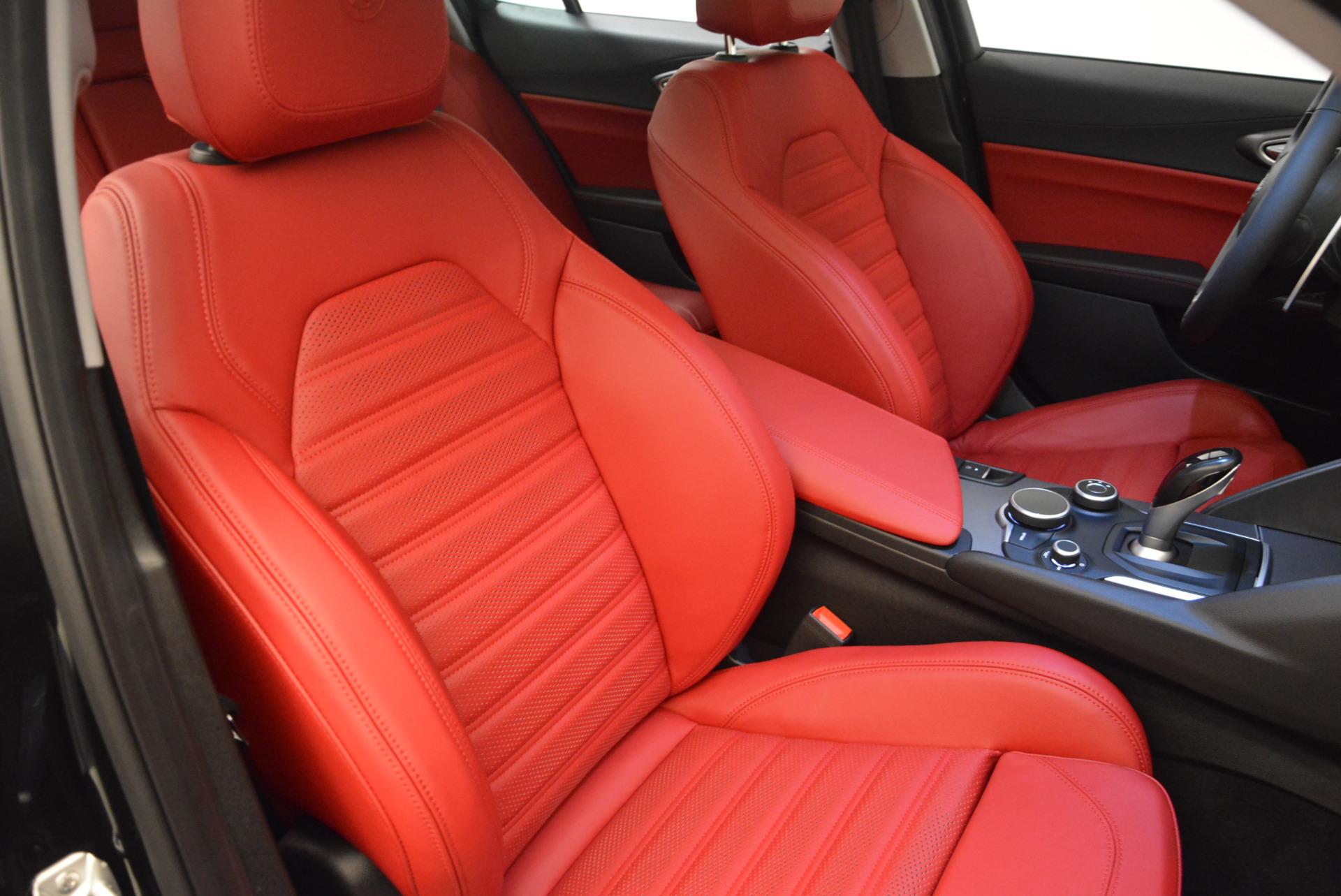 New 2018 Alfa Romeo Giulia Ti Sport Q4 For Sale In Greenwich, CT. Alfa Romeo of Greenwich, L273 1724_p21