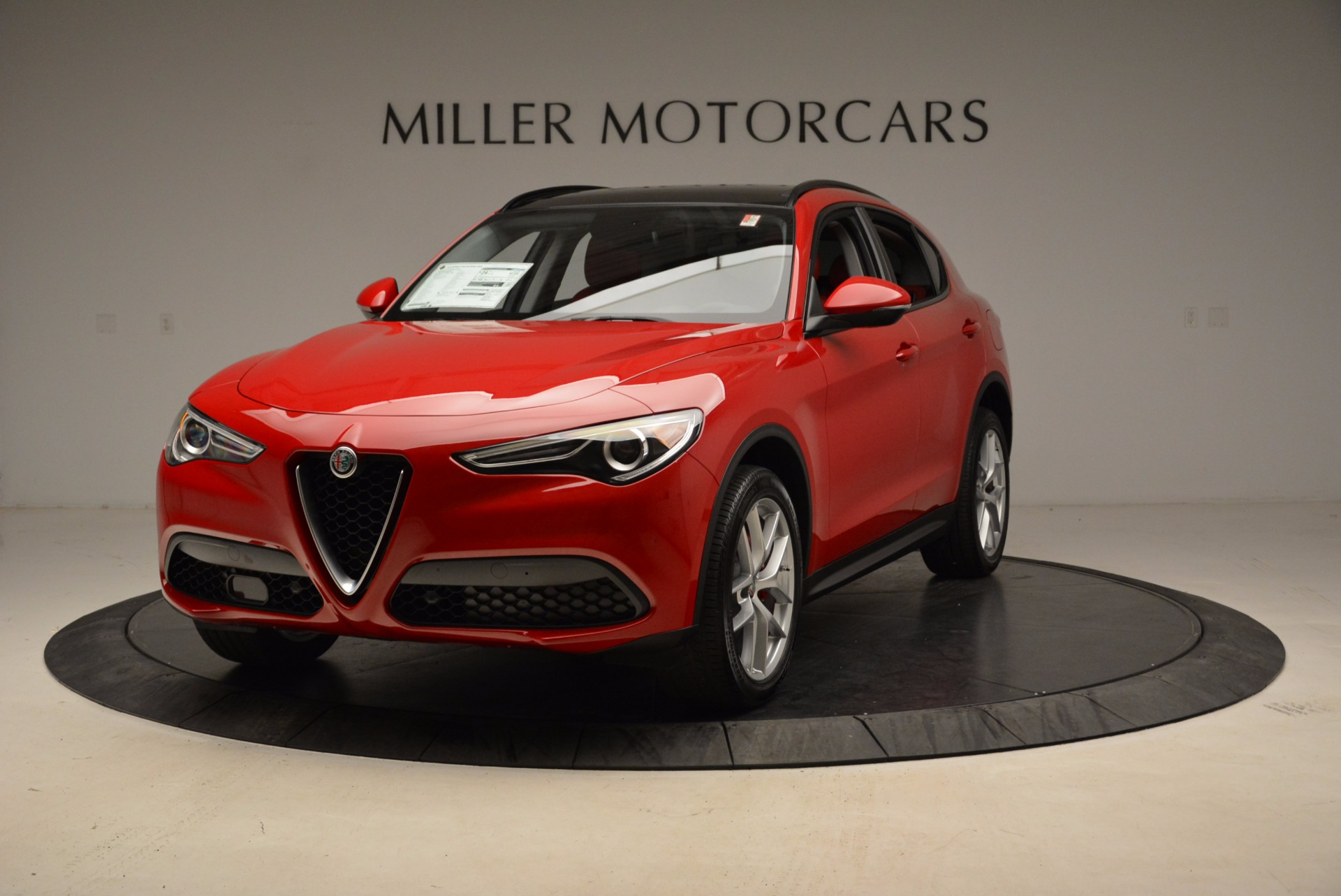 New 2018 Alfa Romeo Stelvio Sport Q4 For Sale In Greenwich, CT. Alfa Romeo of Greenwich, L274 1725_main
