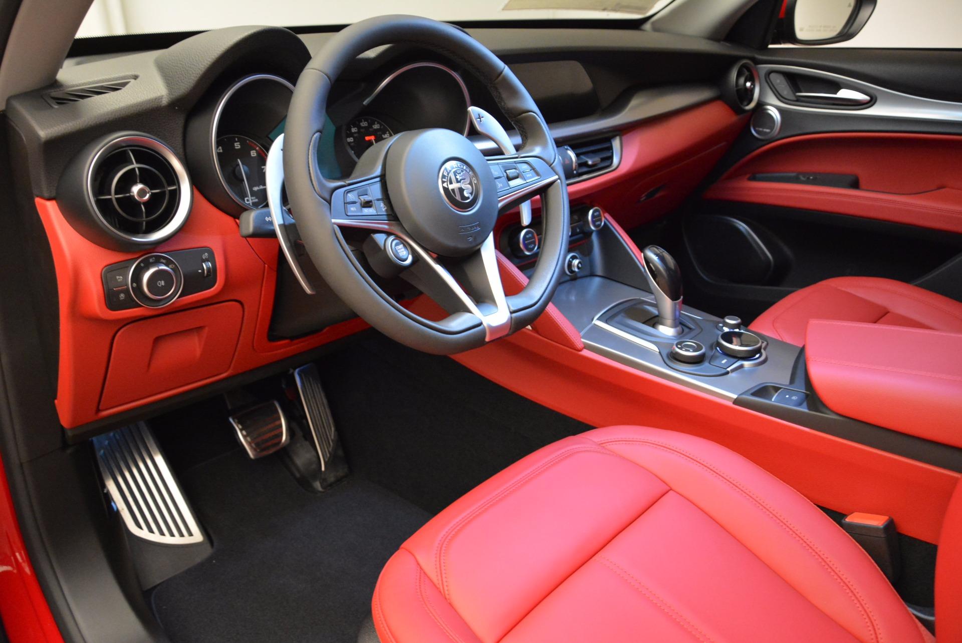 New 2018 Alfa Romeo Stelvio Sport Q4 For Sale In Greenwich, CT. Alfa Romeo of Greenwich, L274 1725_p13