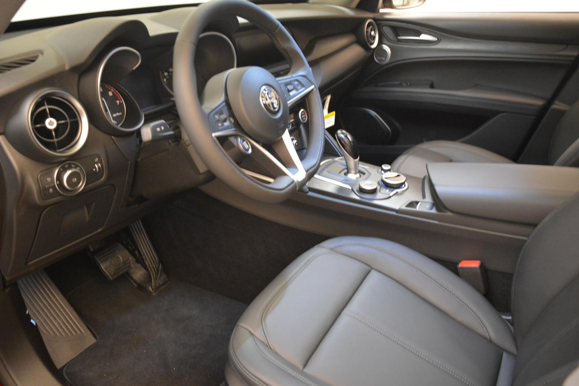 New 2018 Alfa Romeo Stelvio Q4 For Sale In Greenwich, CT. Alfa Romeo of Greenwich, L275 1726_p13