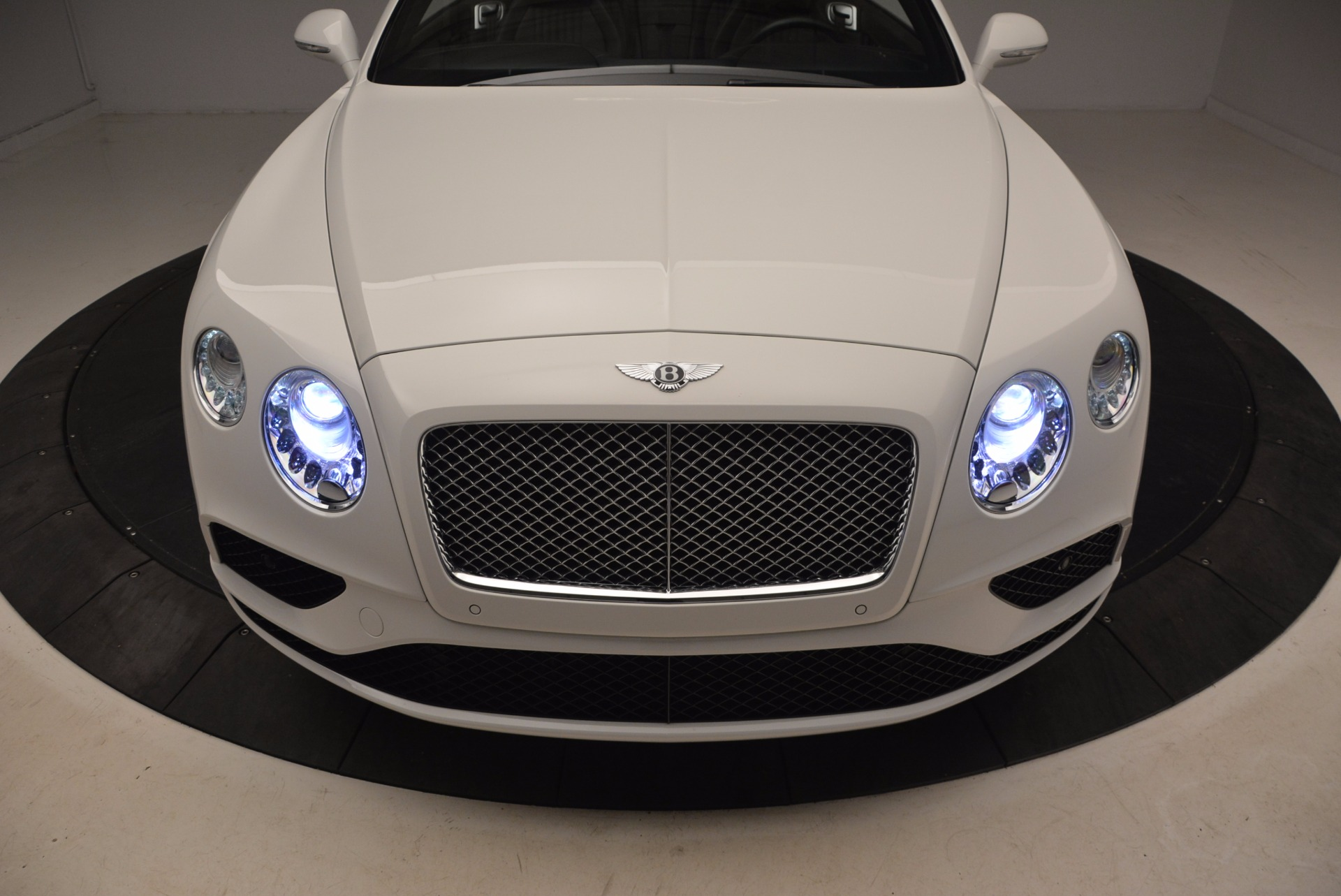 Used 2016 Bentley Continental GT V8 For Sale In Greenwich, CT. Alfa Romeo of Greenwich, 7295 1728_p30