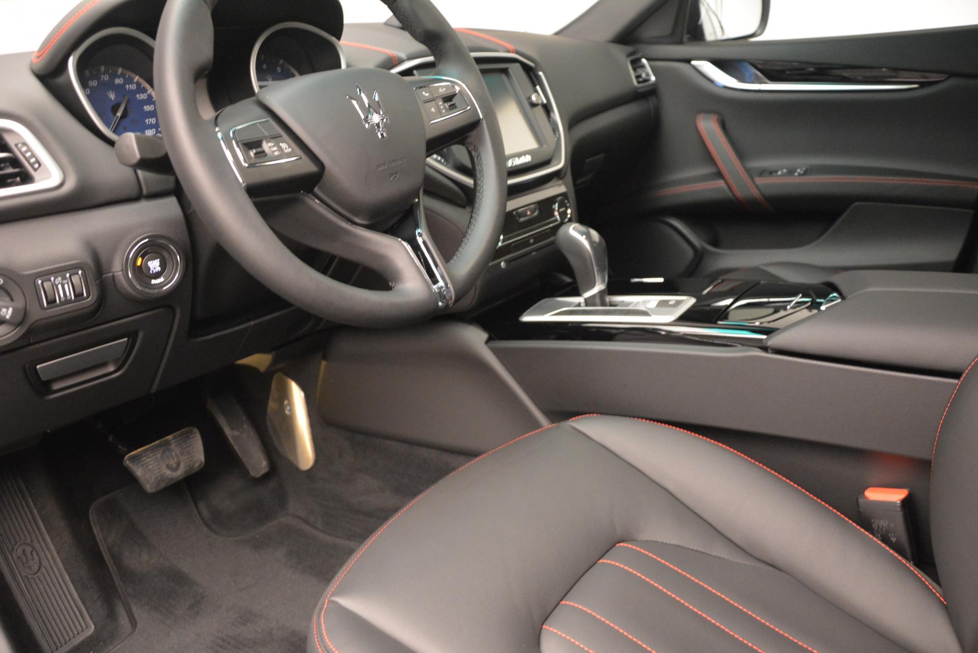 New 2016 Maserati Ghibli S Q4 For Sale In Greenwich, CT. Alfa Romeo of Greenwich, M1550 173_p13