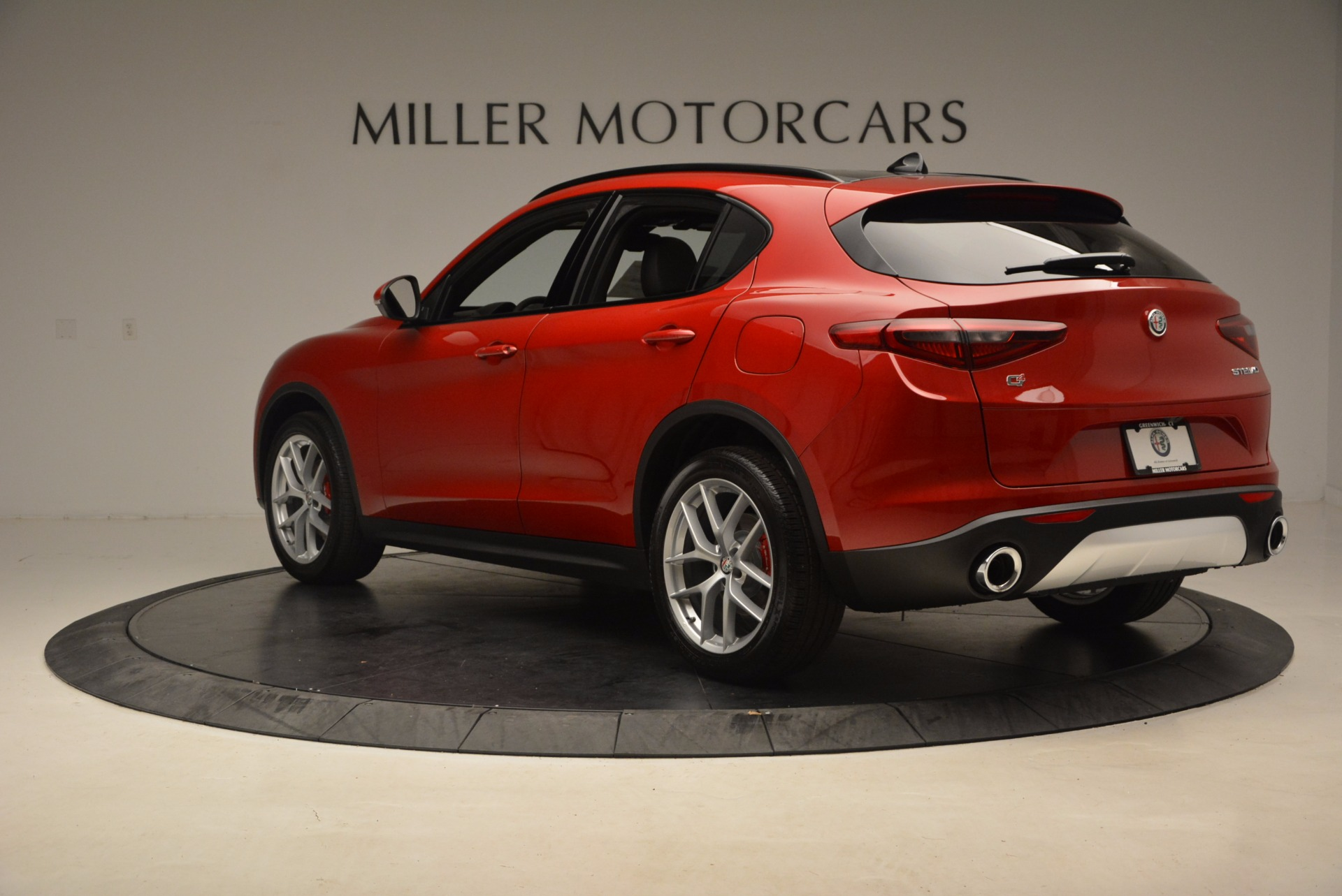 New 2018 Alfa Romeo Stelvio Ti Sport Q4 For Sale In Greenwich, CT. Alfa Romeo of Greenwich, LW083 1732_p5