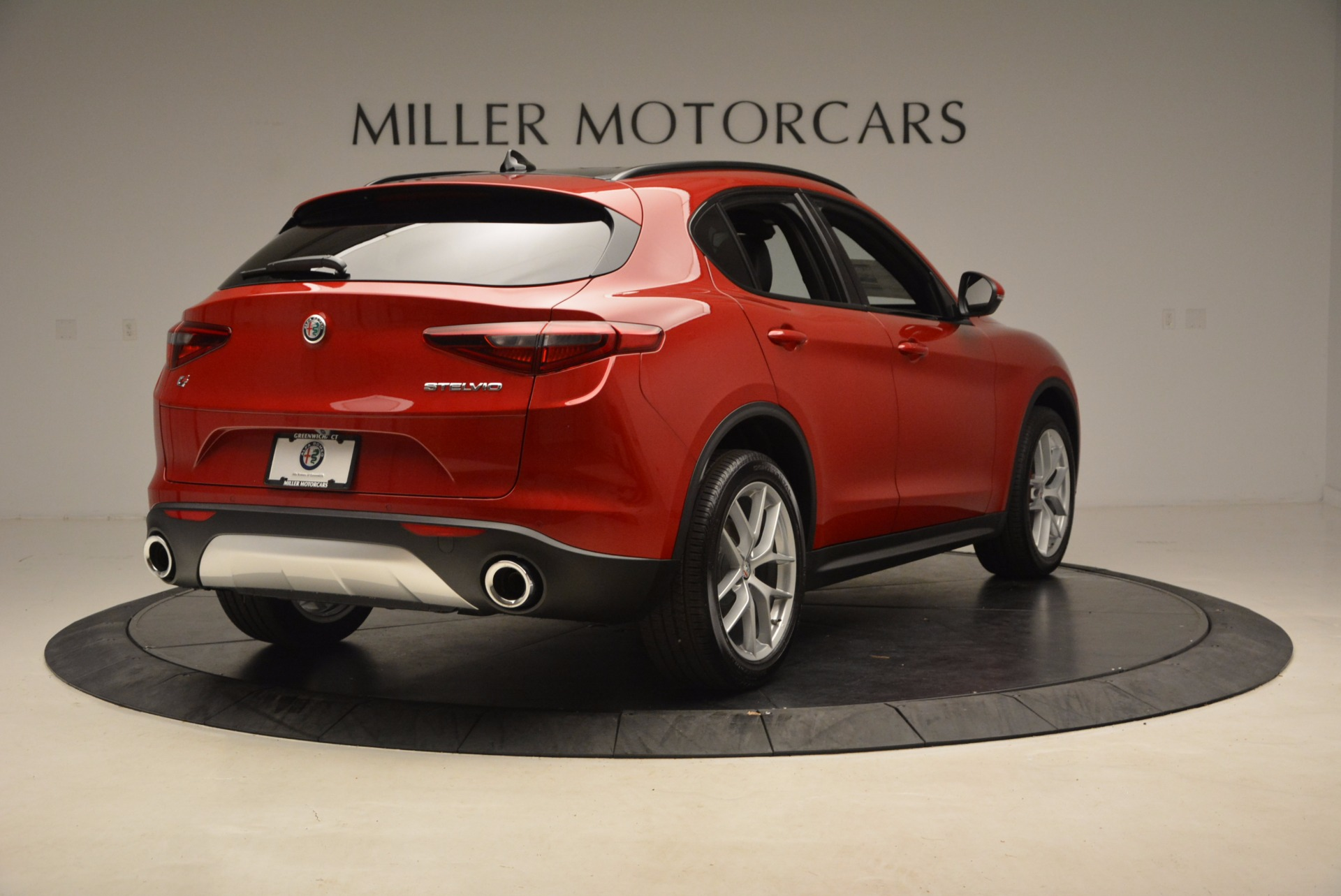 New 2018 Alfa Romeo Stelvio Ti Sport Q4 For Sale In Greenwich, CT. Alfa Romeo of Greenwich, LW083 1732_p7