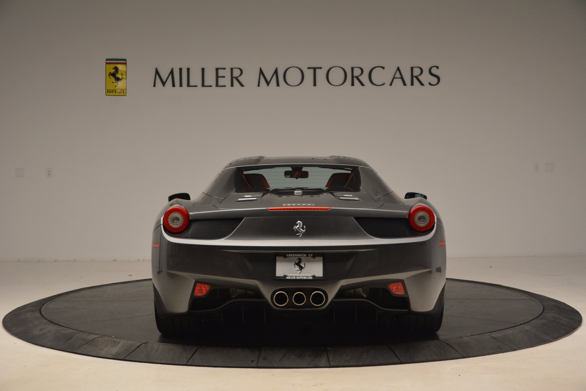 Used 2014 Ferrari 458 Spider  For Sale In Greenwich, CT. Alfa Romeo of Greenwich, 4432 1734_p18