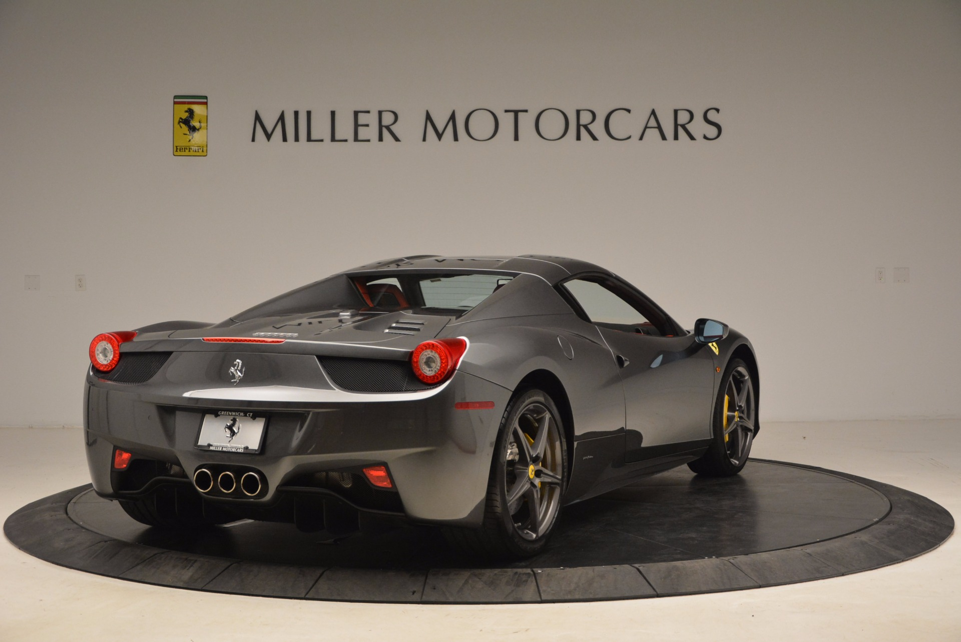 Used 2014 Ferrari 458 Spider  For Sale In Greenwich, CT. Alfa Romeo of Greenwich, 4432 1734_p19