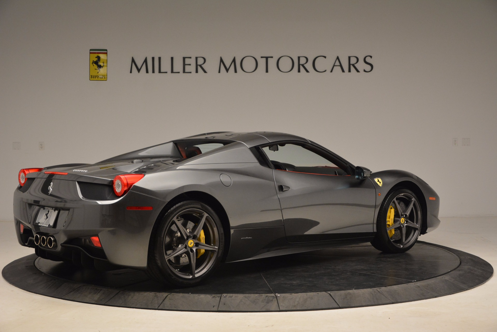 Used 2014 Ferrari 458 Spider  For Sale In Greenwich, CT. Alfa Romeo of Greenwich, 4432 1734_p20