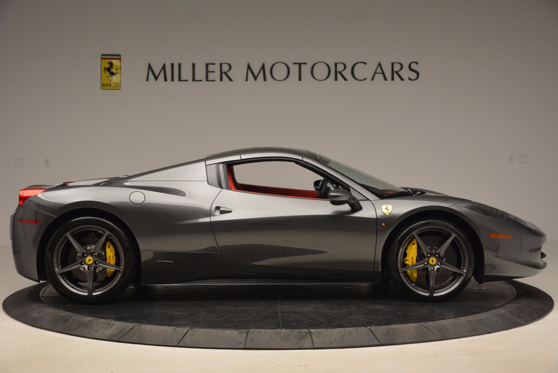 Used 2014 Ferrari 458 Spider  For Sale In Greenwich, CT. Alfa Romeo of Greenwich, 4432 1734_p21