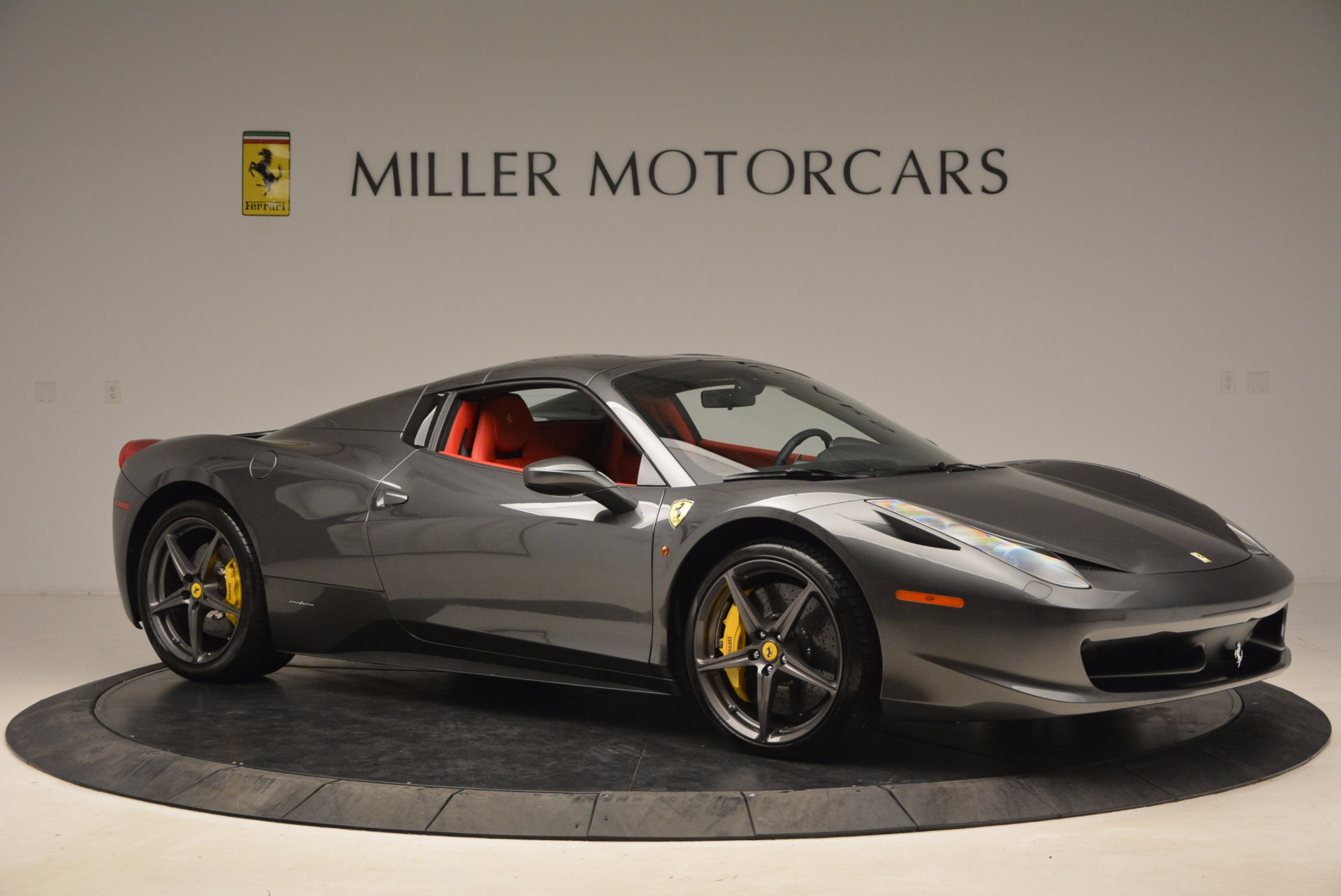 Used 2014 Ferrari 458 Spider  For Sale In Greenwich, CT. Alfa Romeo of Greenwich, 4432 1734_p22