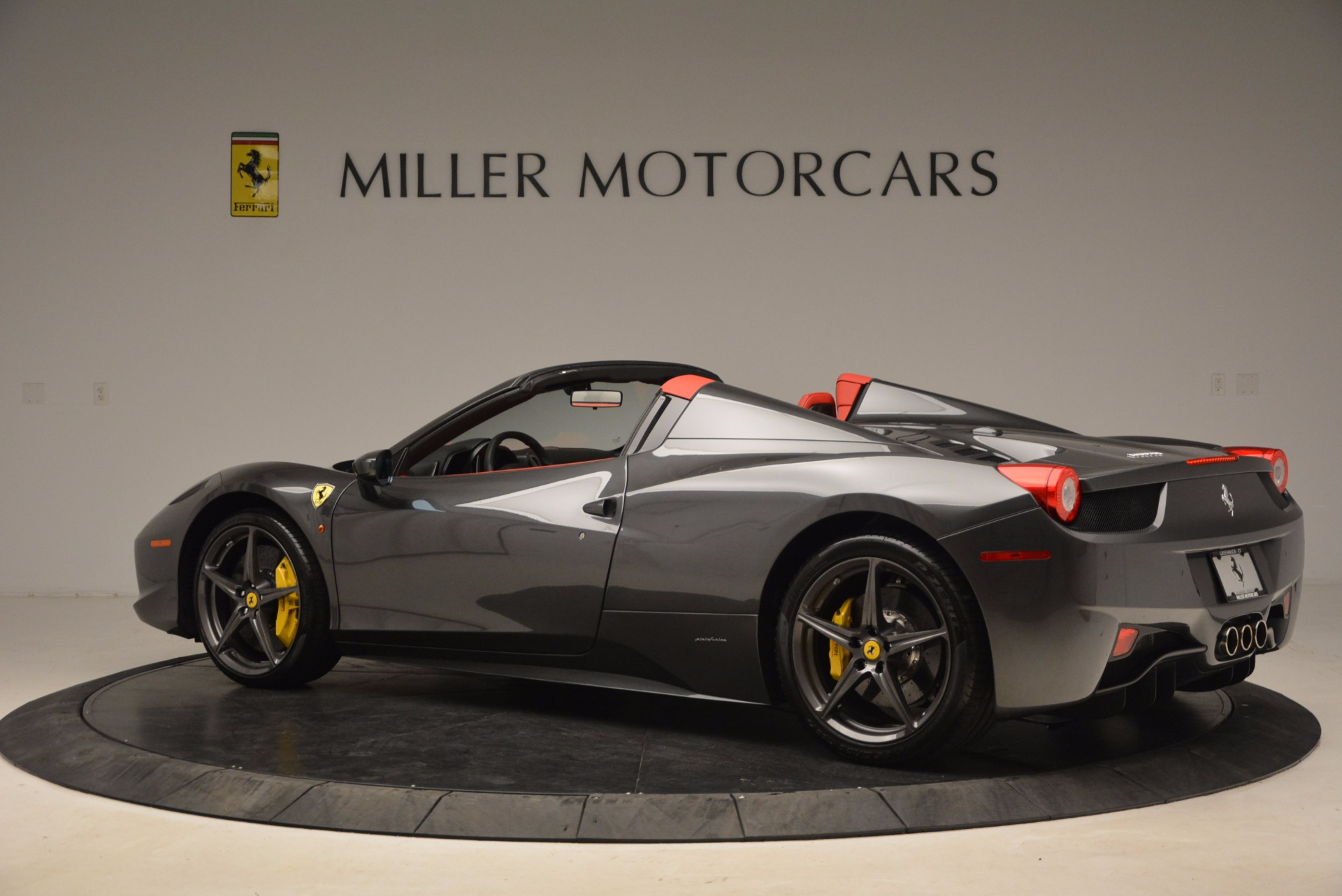 Used 2014 Ferrari 458 Spider  For Sale In Greenwich, CT. Alfa Romeo of Greenwich, 4432 1734_p4