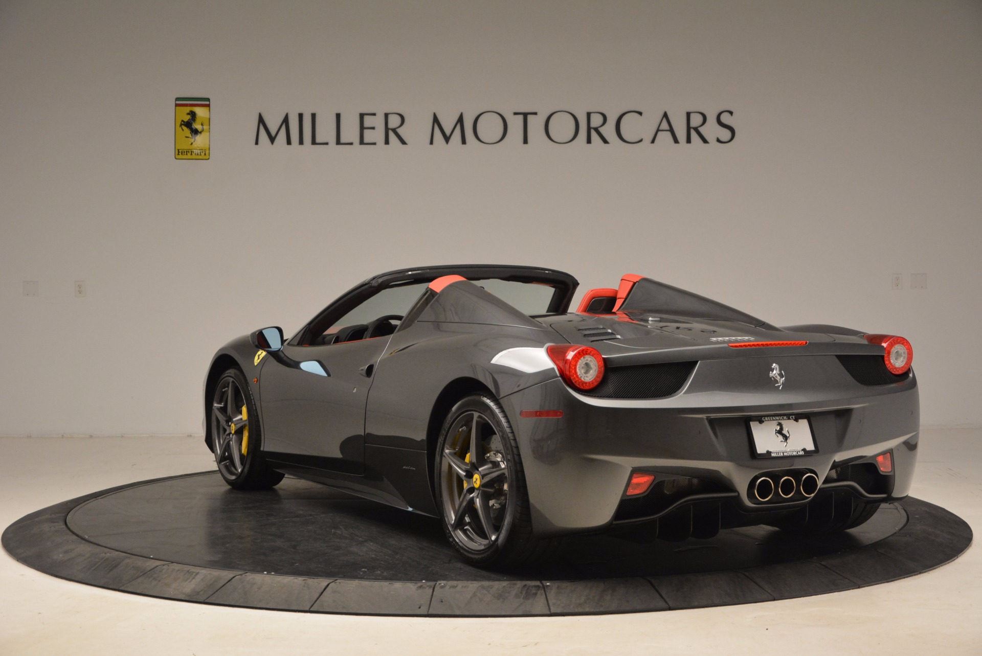 Used 2014 Ferrari 458 Spider  For Sale In Greenwich, CT. Alfa Romeo of Greenwich, 4432 1734_p5