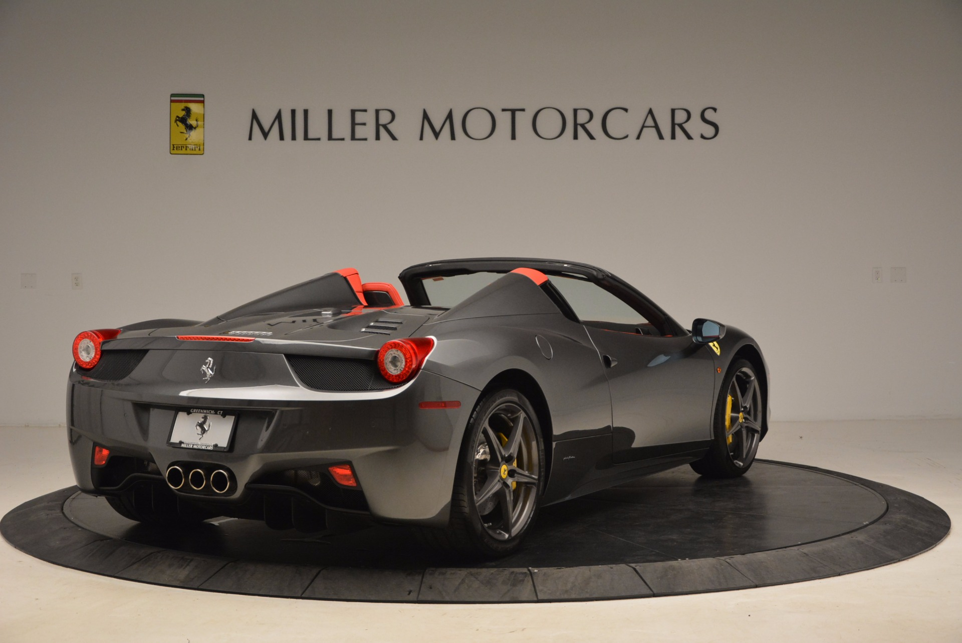 Used 2014 Ferrari 458 Spider  For Sale In Greenwich, CT. Alfa Romeo of Greenwich, 4432 1734_p7