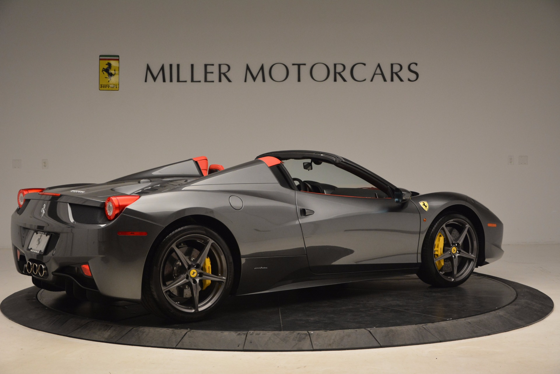 Used 2014 Ferrari 458 Spider  For Sale In Greenwich, CT. Alfa Romeo of Greenwich, 4432 1734_p8