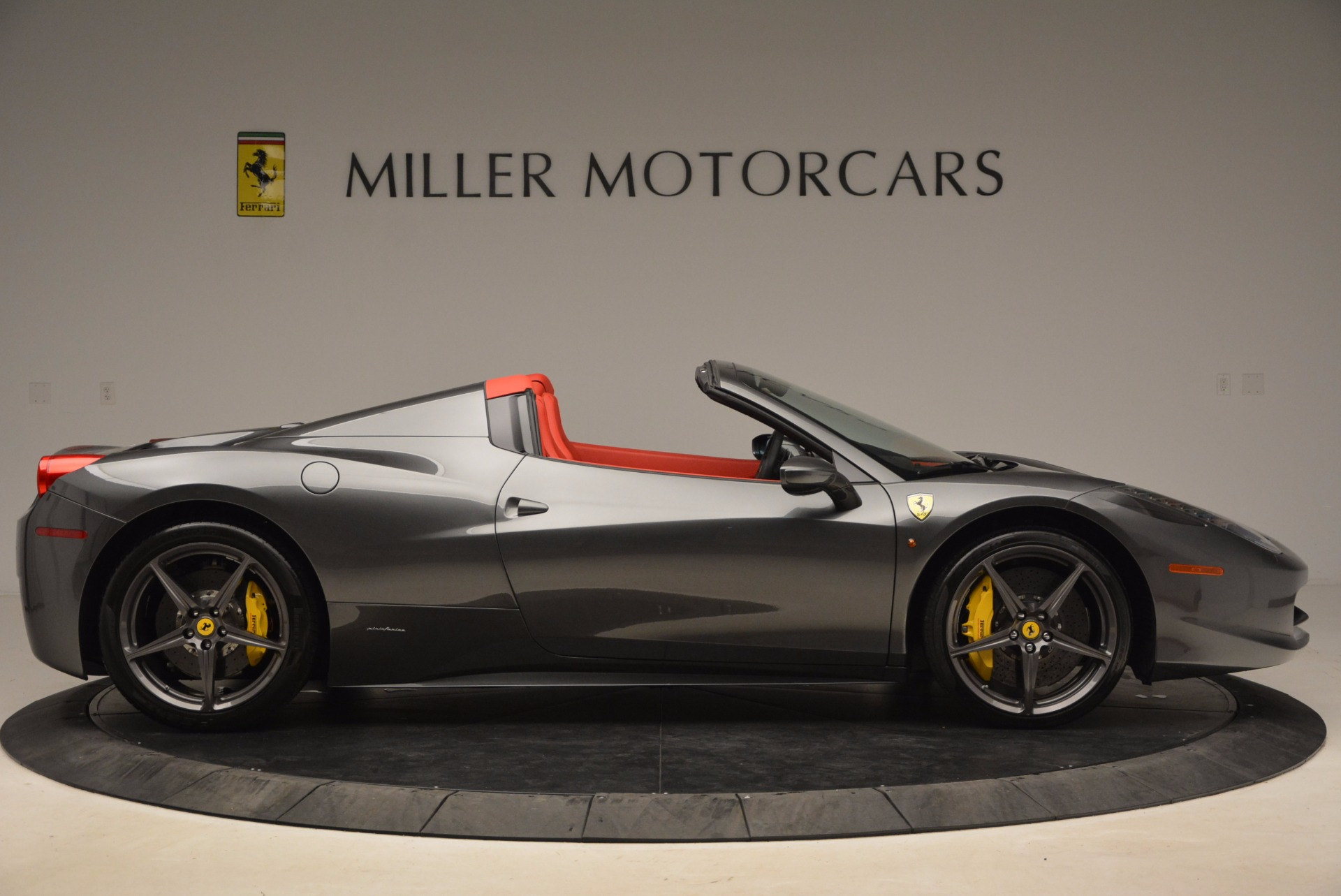 Used 2014 Ferrari 458 Spider  For Sale In Greenwich, CT. Alfa Romeo of Greenwich, 4432 1734_p9
