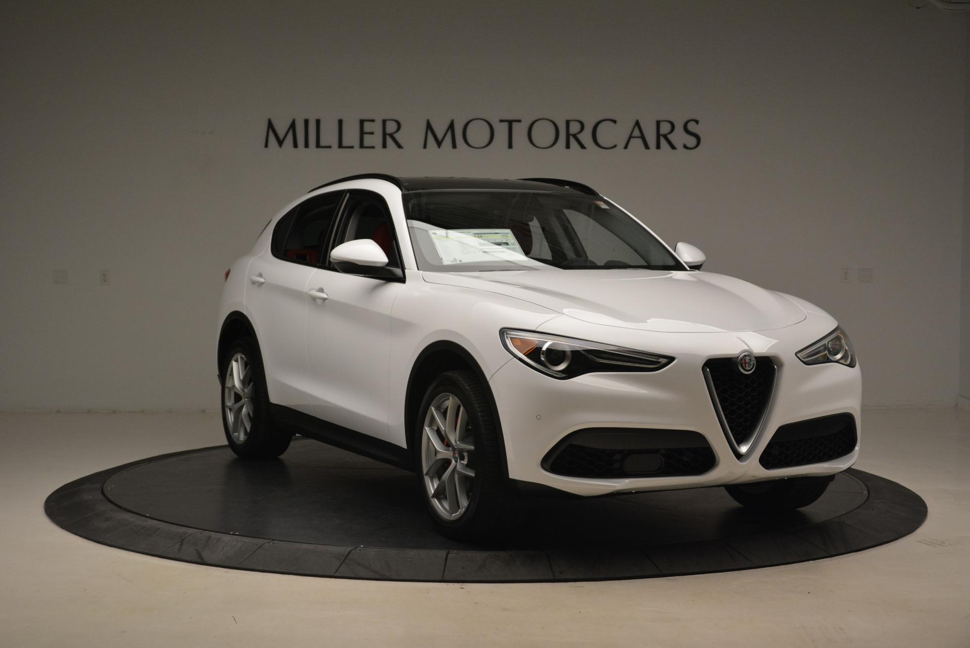 New 2018 Alfa Romeo Stelvio Sport Q4 For Sale In Greenwich, CT. Alfa Romeo of Greenwich, LW081 1738_p11