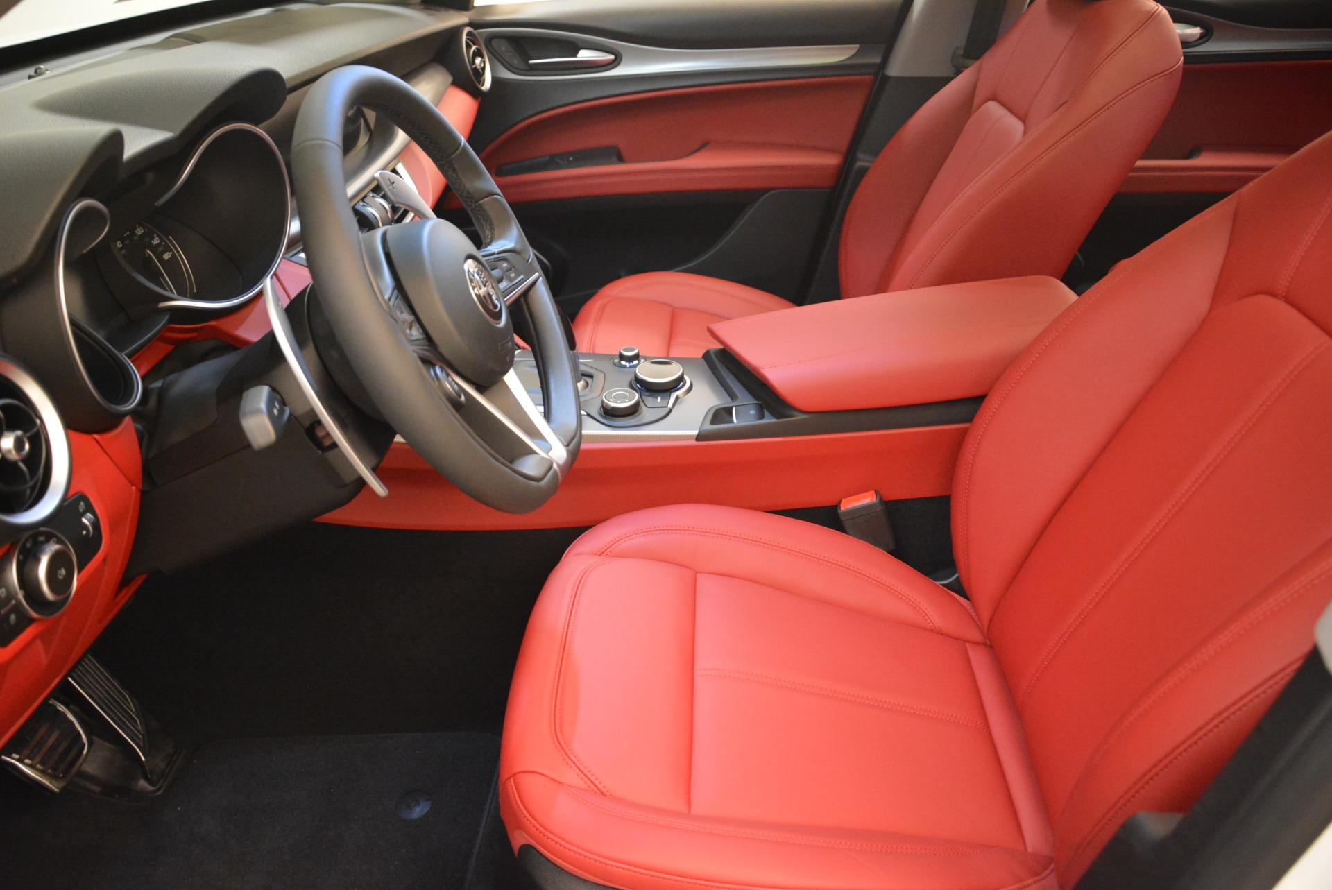 New 2018 Alfa Romeo Stelvio Sport Q4 For Sale In Greenwich, CT. Alfa Romeo of Greenwich, LW081 1738_p14