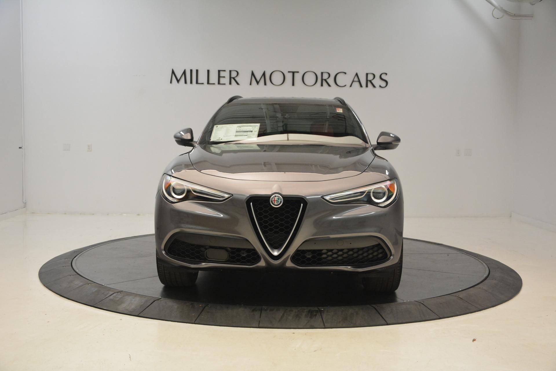 New 2018 Alfa Romeo Stelvio Ti Sport Q4 For Sale In Greenwich, CT. Alfa Romeo of Greenwich, L297 1740_p12