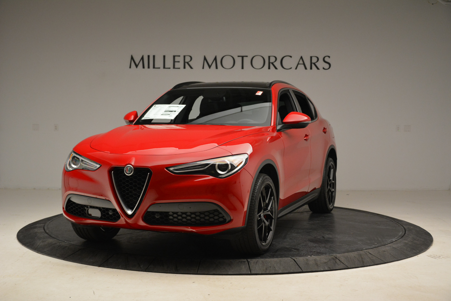 New 2018 Alfa Romeo Stelvio Ti Sport Q4 For Sale In Greenwich, CT. Alfa Romeo of Greenwich, L295