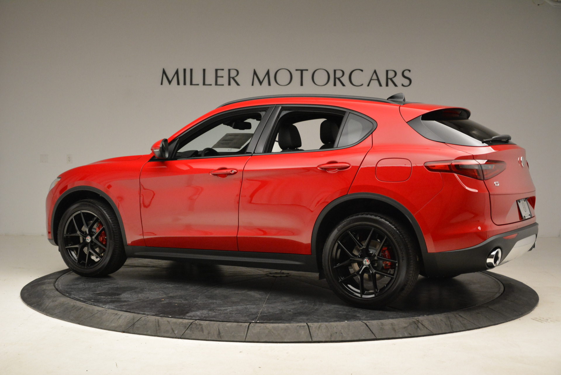 New 2018 Alfa Romeo Stelvio Ti Sport Q4 For Sale In Greenwich, CT. Alfa Romeo of Greenwich, L295 1742_p4