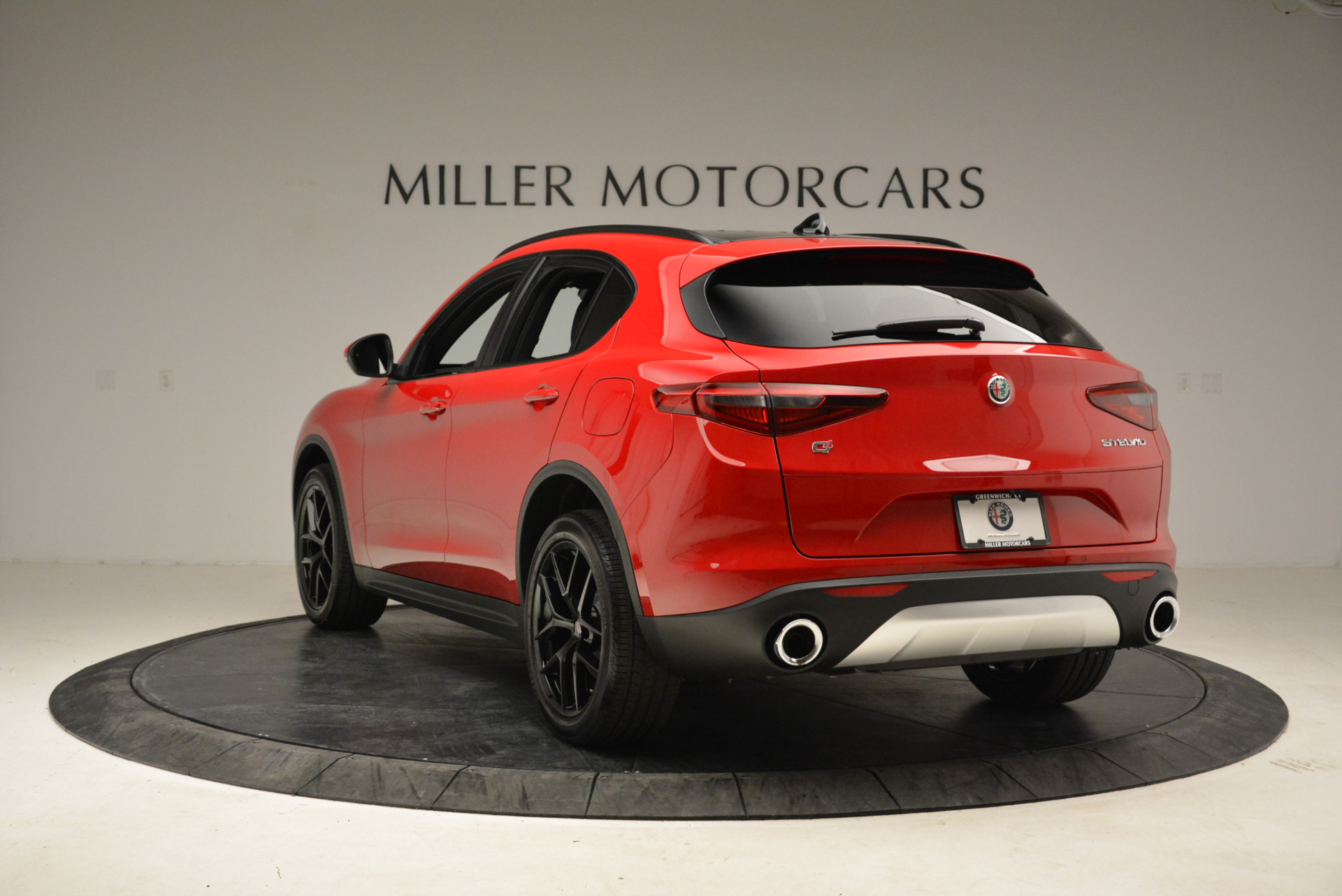 New 2018 Alfa Romeo Stelvio Ti Sport Q4 For Sale In Greenwich, CT. Alfa Romeo of Greenwich, L295 1742_p5