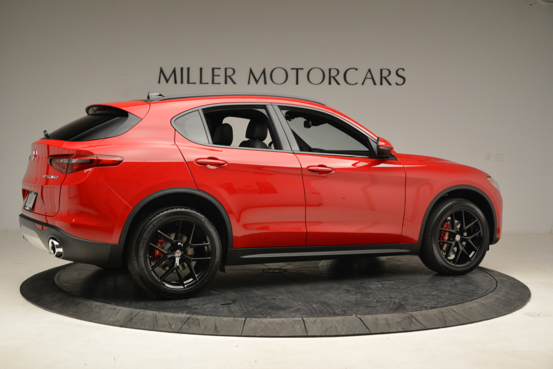 New 2018 Alfa Romeo Stelvio Ti Sport Q4 For Sale In Greenwich, CT. Alfa Romeo of Greenwich, L295 1742_p8