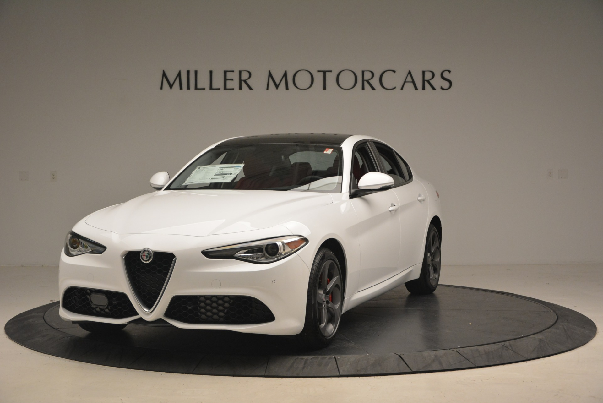 New 2018 Alfa Romeo Giulia Ti Sport Q4 For Sale In Greenwich, CT. Alfa Romeo of Greenwich, L292 1745_main