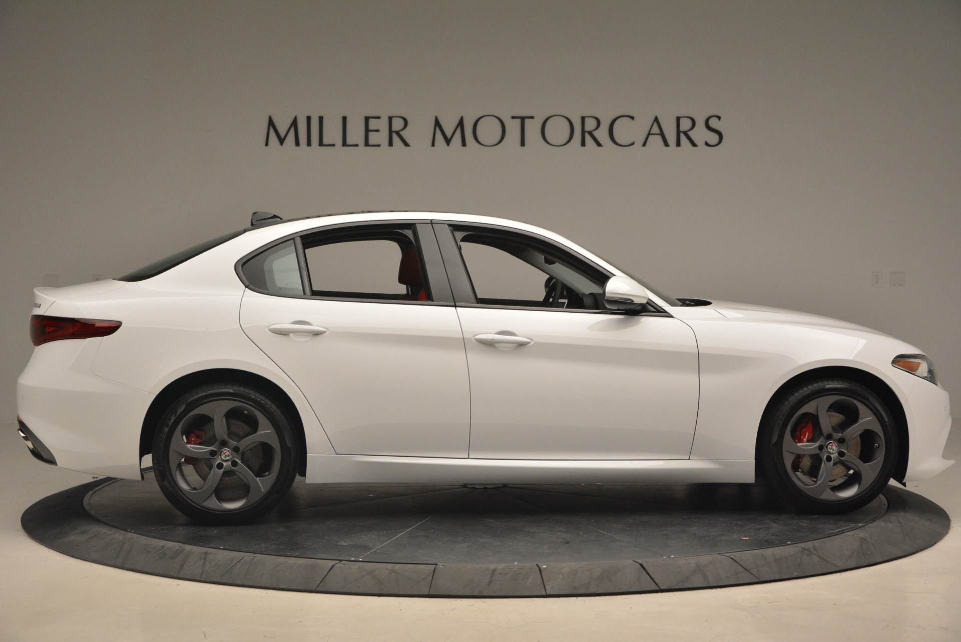 New 2018 Alfa Romeo Giulia Ti Sport Q4 For Sale In Greenwich, CT. Alfa Romeo of Greenwich, L292 1745_p10