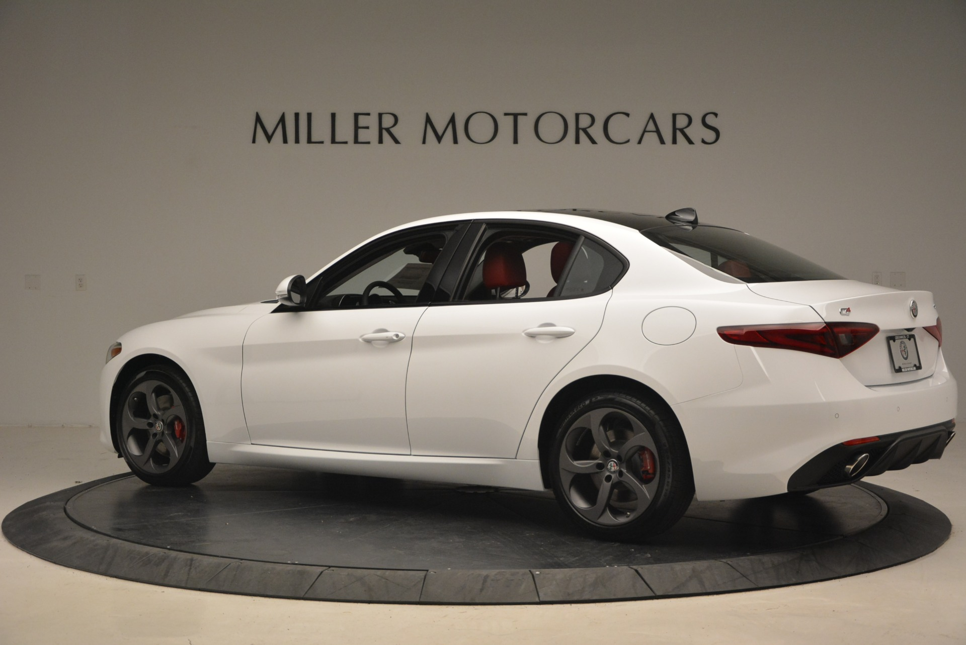 New 2018 Alfa Romeo Giulia Ti Sport Q4 For Sale In Greenwich, CT. Alfa Romeo of Greenwich, L292 1745_p5