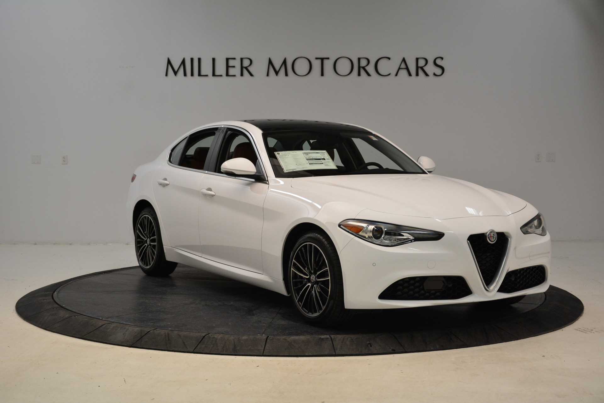 New 2018 Alfa Romeo Giulia Ti Lusso Q4 For Sale In Greenwich, CT. Alfa Romeo of Greenwich, L290 1747_p11