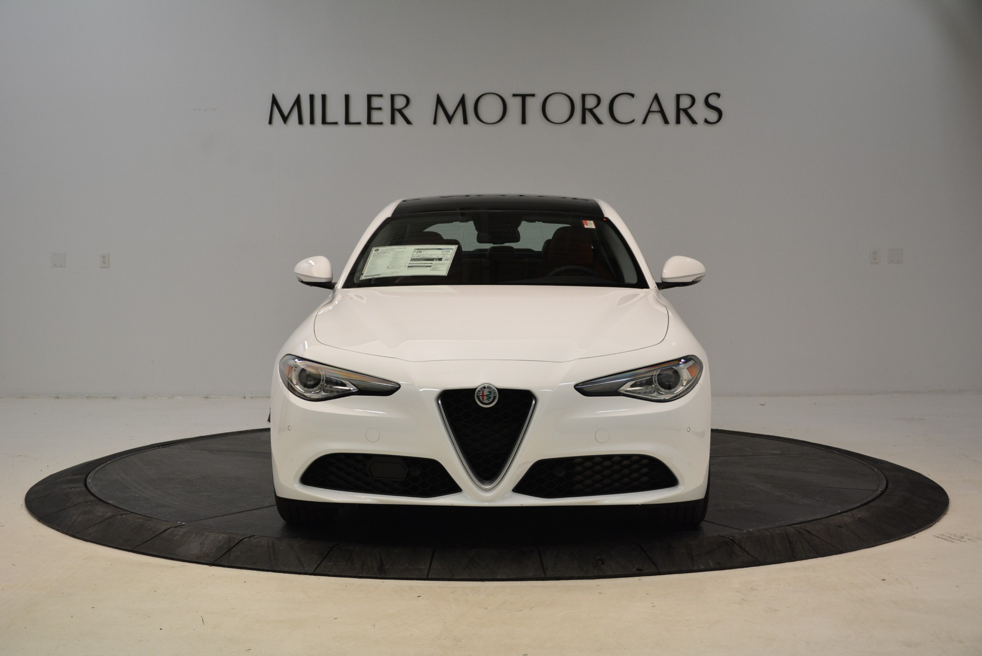 New 2018 Alfa Romeo Giulia Ti Lusso Q4 For Sale In Greenwich, CT. Alfa Romeo of Greenwich, L290 1747_p12