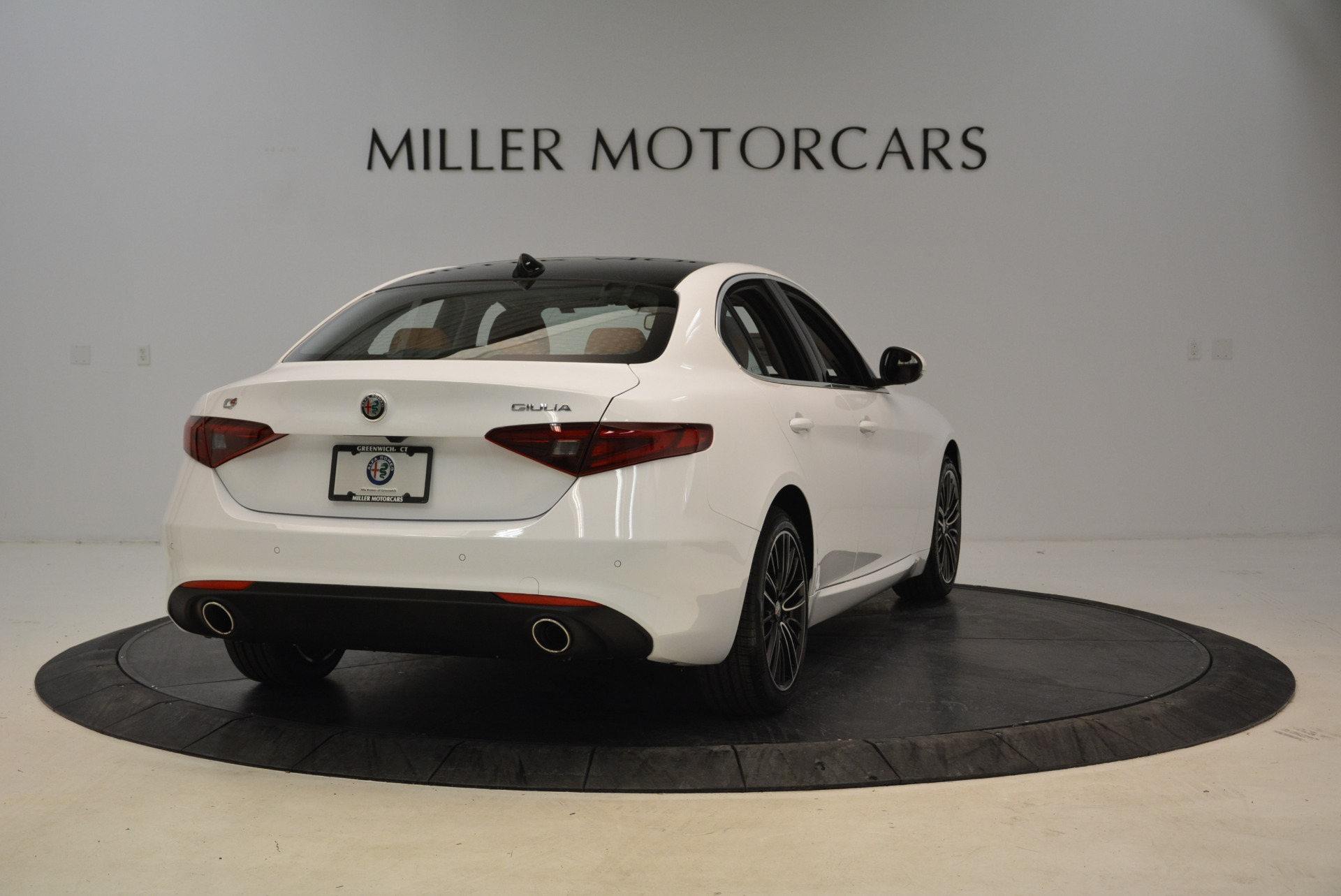 New 2018 Alfa Romeo Giulia Ti Lusso Q4 For Sale In Greenwich, CT. Alfa Romeo of Greenwich, L290 1747_p7