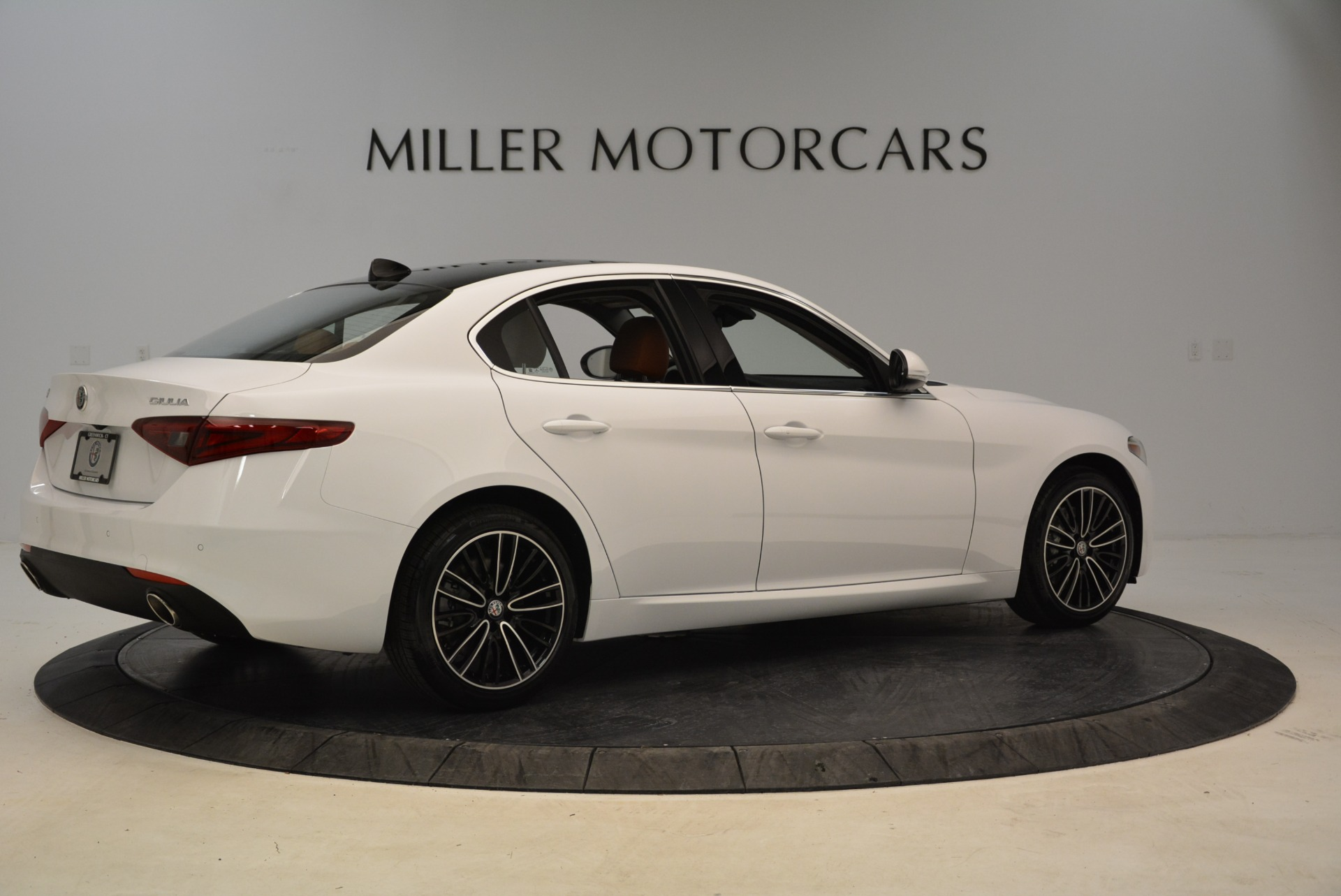 New 2018 Alfa Romeo Giulia Ti Lusso Q4 For Sale In Greenwich, CT. Alfa Romeo of Greenwich, L290 1747_p8