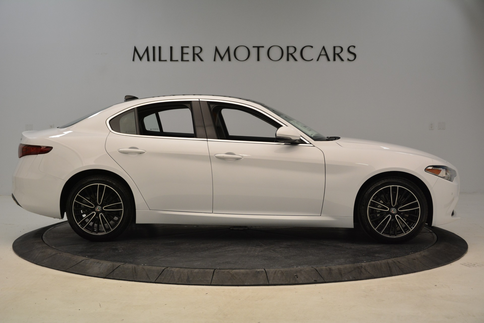 New 2018 Alfa Romeo Giulia Ti Lusso Q4 For Sale In Greenwich, CT. Alfa Romeo of Greenwich, L290 1747_p9