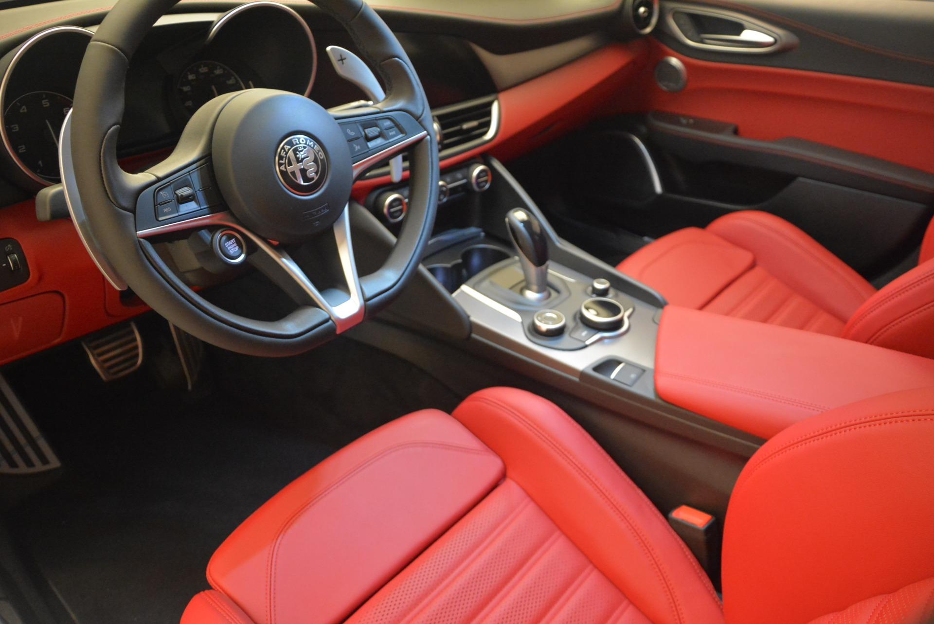 New 2018 Alfa Romeo Giulia Sport Q4 For Sale In Greenwich, CT. Alfa Romeo of Greenwich, L286 1750_p16