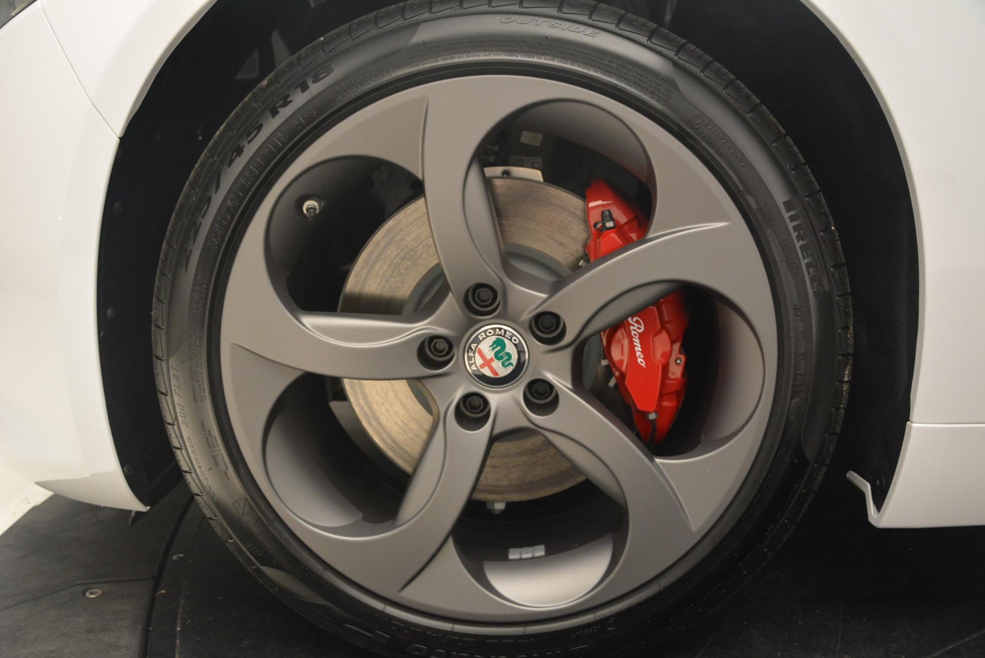 New 2018 Alfa Romeo Giulia Sport Q4 For Sale In Greenwich, CT. Alfa Romeo of Greenwich, L286 1750_p22
