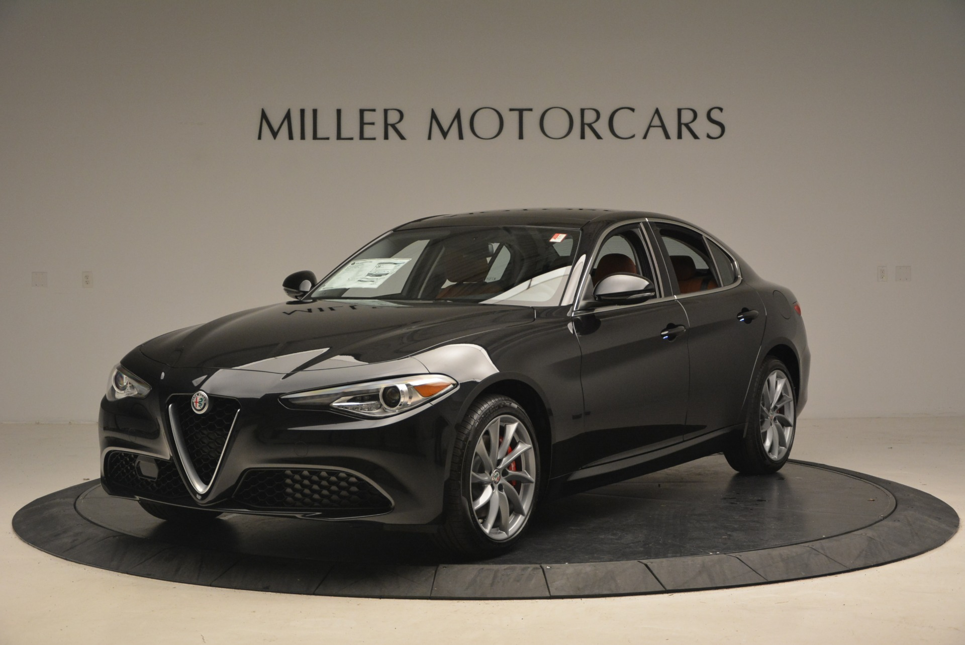 New 2018 Alfa Romeo Giulia Q4 For Sale In Greenwich, CT. Alfa Romeo of Greenwich, L284 1752_main
