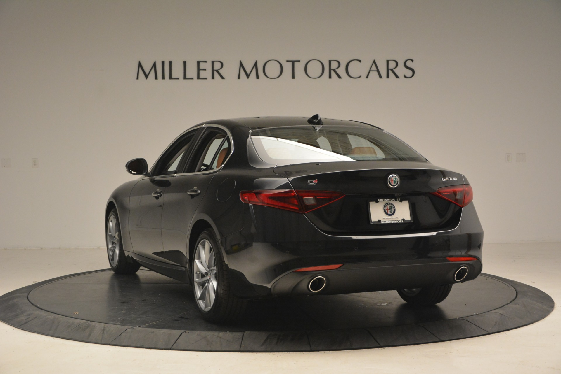 New 2018 Alfa Romeo Giulia Q4 For Sale In Greenwich, CT. Alfa Romeo of Greenwich, L284 1752_p5