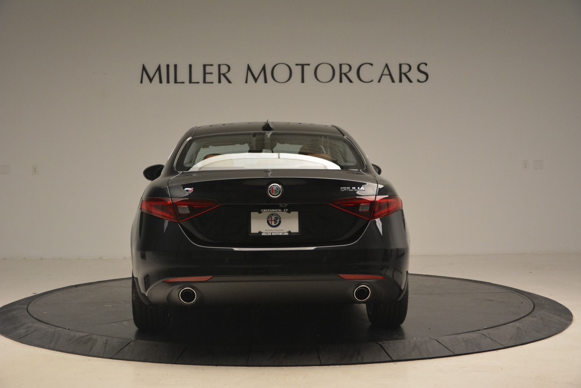 New 2018 Alfa Romeo Giulia Q4 For Sale In Greenwich, CT. Alfa Romeo of Greenwich, L284 1752_p6