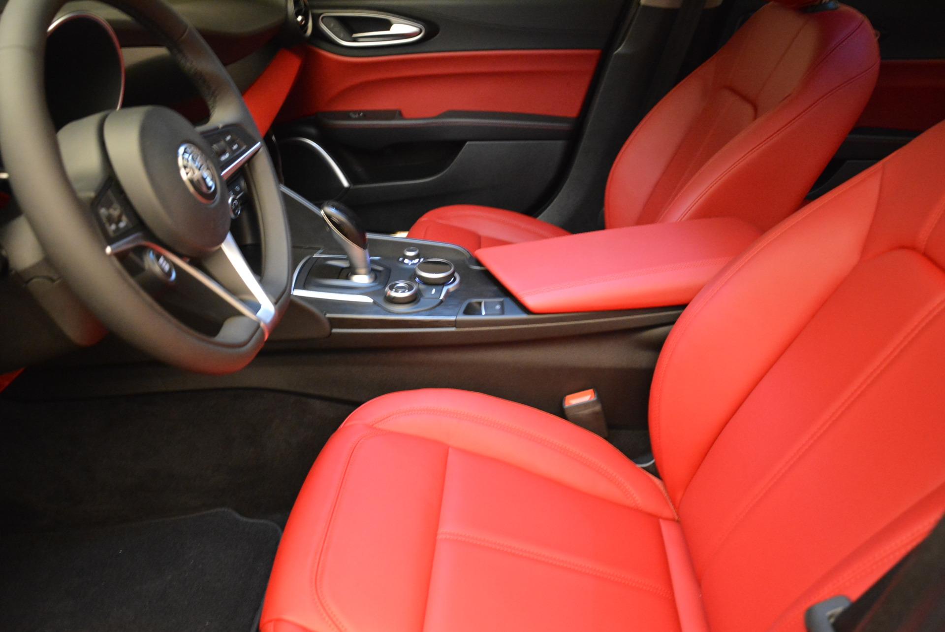 New 2018 Alfa Romeo Giulia Q4 For Sale In Greenwich, CT. Alfa Romeo of Greenwich, L278 1757_p14
