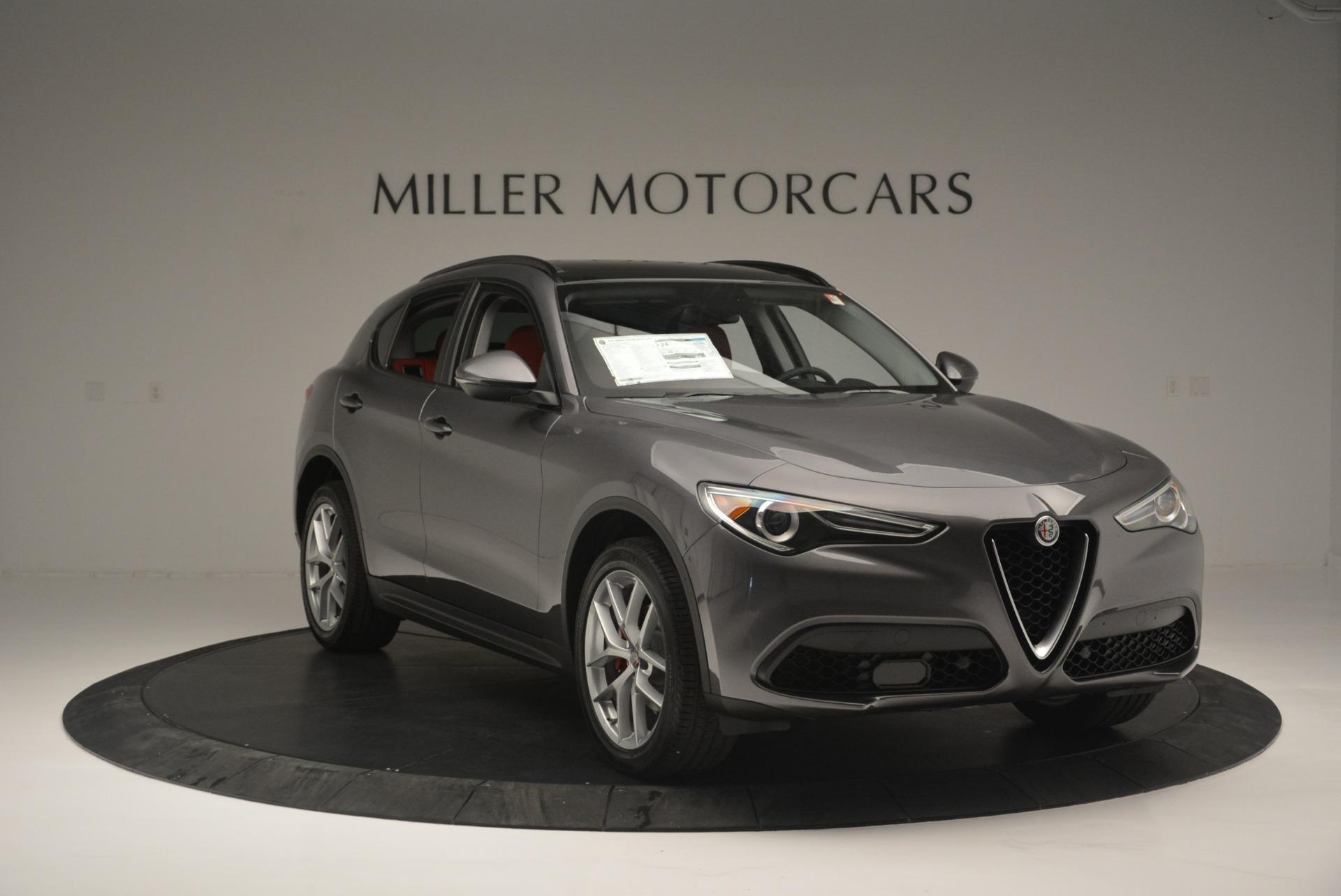 New 2018 Alfa Romeo Stelvio Sport Q4 For Sale In Greenwich, CT. Alfa Romeo of Greenwich, LW080 1761_p11