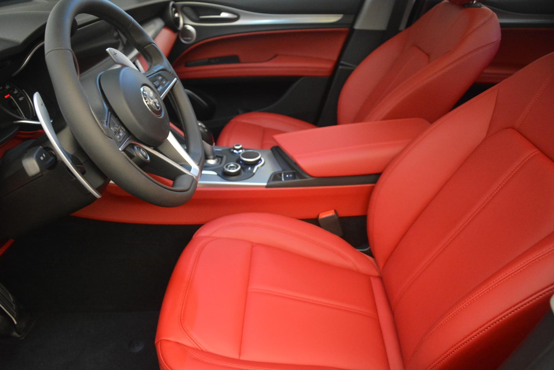 New 2018 Alfa Romeo Stelvio Sport Q4 For Sale In Greenwich, CT. Alfa Romeo of Greenwich, LW080 1761_p14