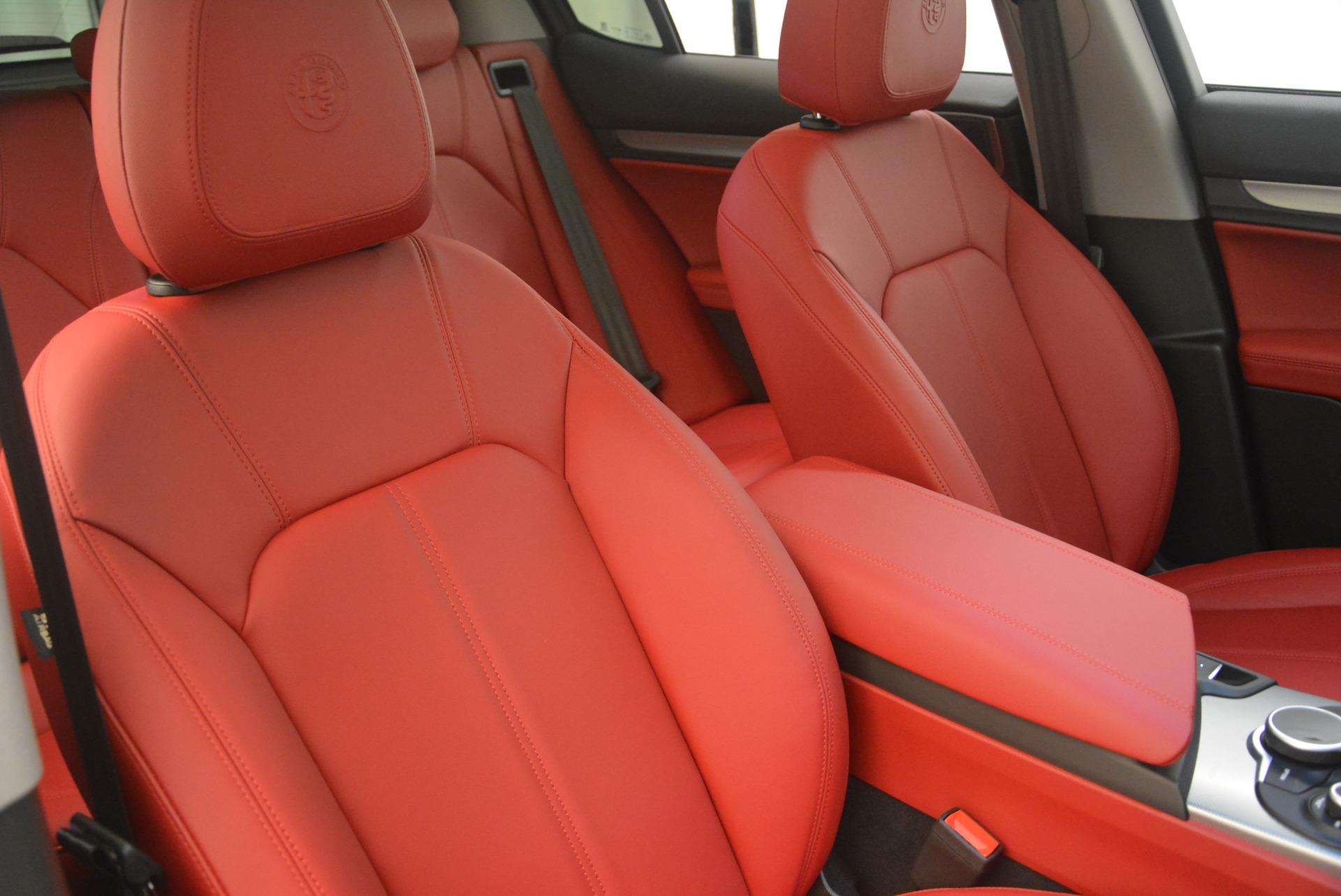 New 2018 Alfa Romeo Stelvio Sport Q4 For Sale In Greenwich, CT. Alfa Romeo of Greenwich, LW080 1761_p21