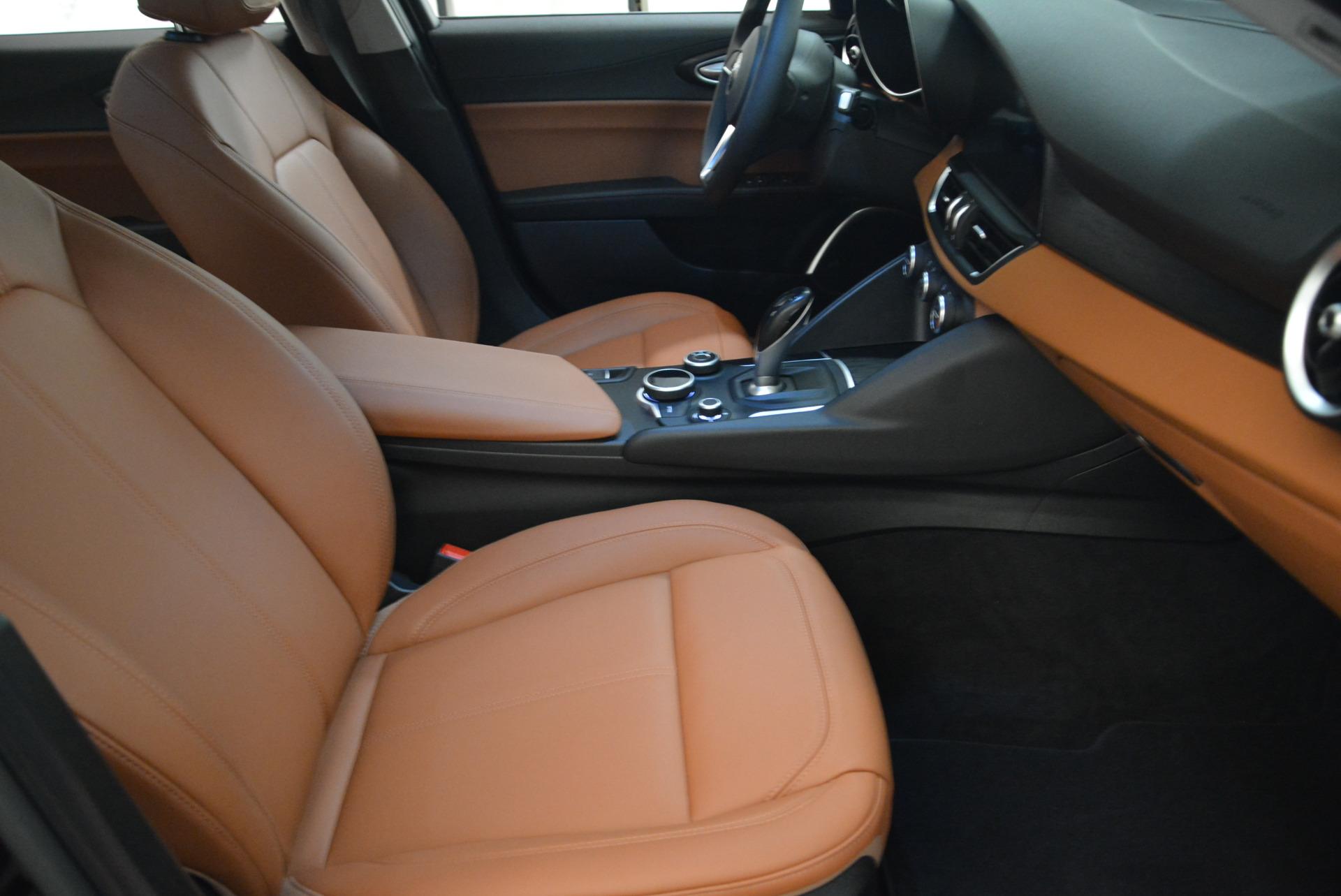 New 2018 Alfa Romeo Giulia Q4 For Sale In Greenwich, CT. Alfa Romeo of Greenwich, LW076 1762_p20