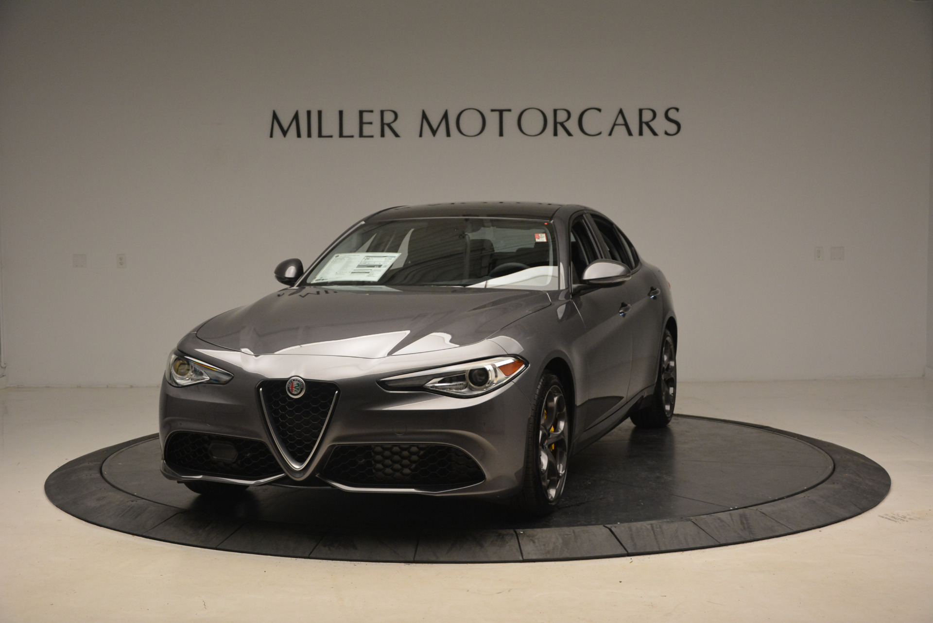 New 2018 Alfa Romeo Giulia Ti Sport Q4 For Sale In Greenwich, CT. Alfa Romeo of Greenwich, LW073 1765_main